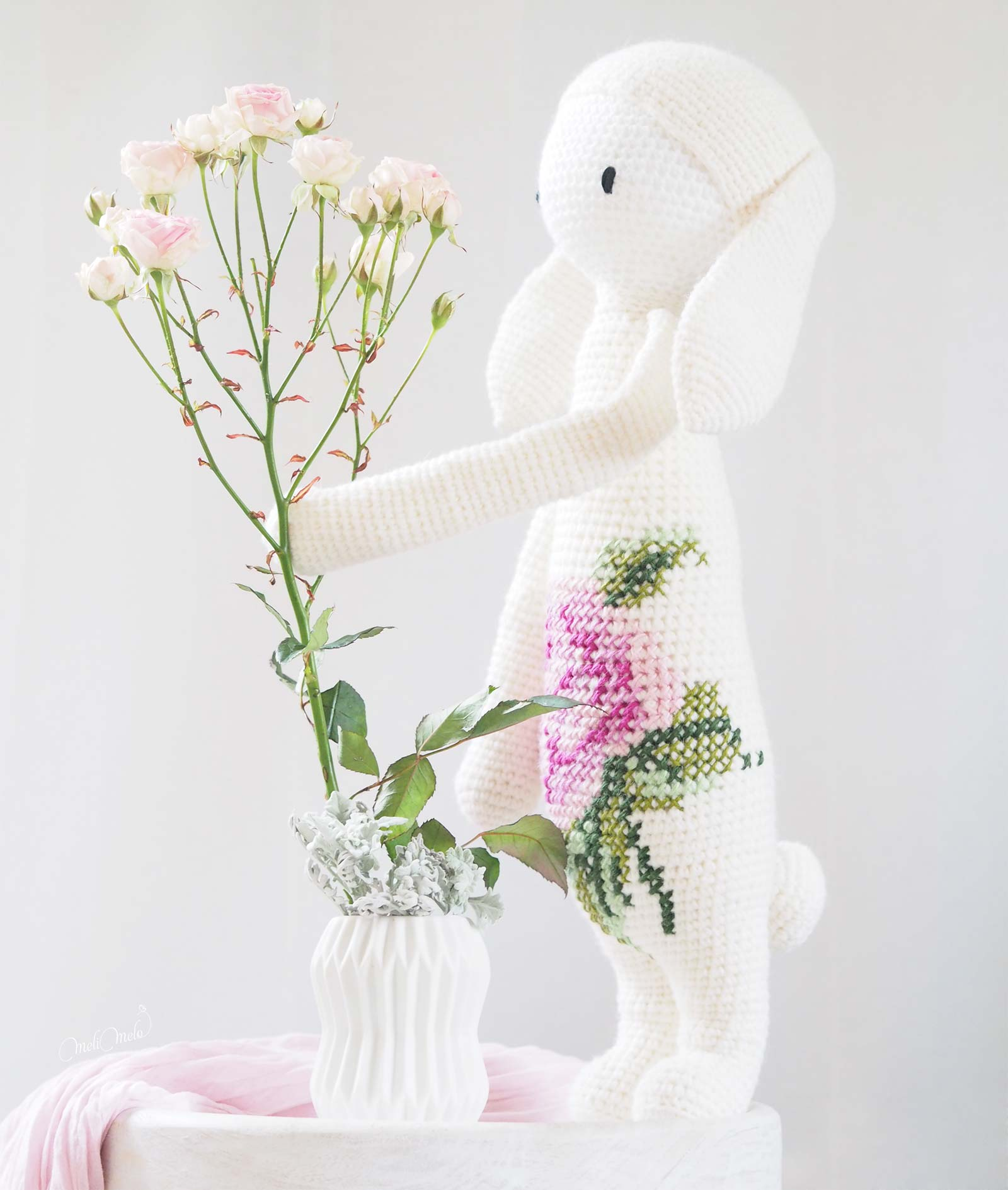lapine bunny Rita Lalylala roses debout laine alpaca chunky ricodesign crochet laboutiquedemelimelo