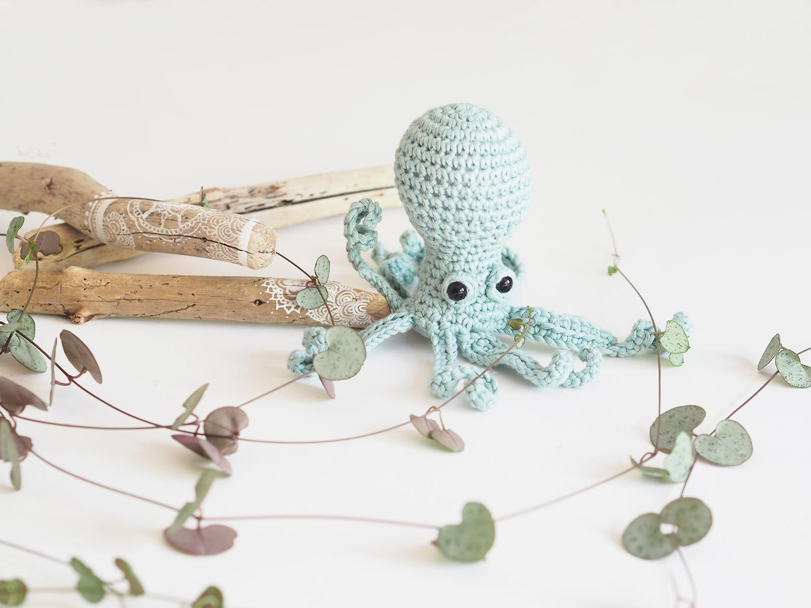 crochet poulpe jardinier serial crocheteuses 428 ceropegia woodii laboutiquedemelimelo