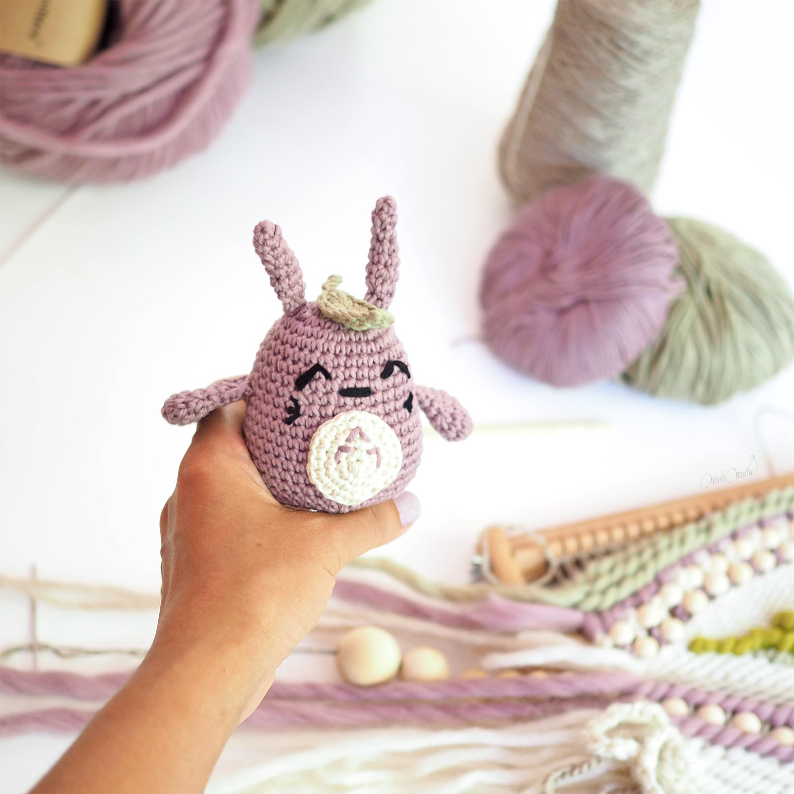 Totoro crochet feuille coton mauve kaki taille coton The Cotton Wool weareknitters laboutiquedemelimelo