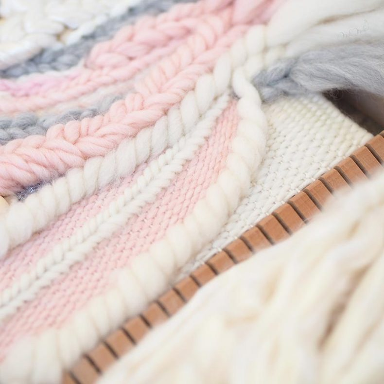 tissage laine Sweetpoom en cours handweaving wall hanging laboutiquedemelimelo