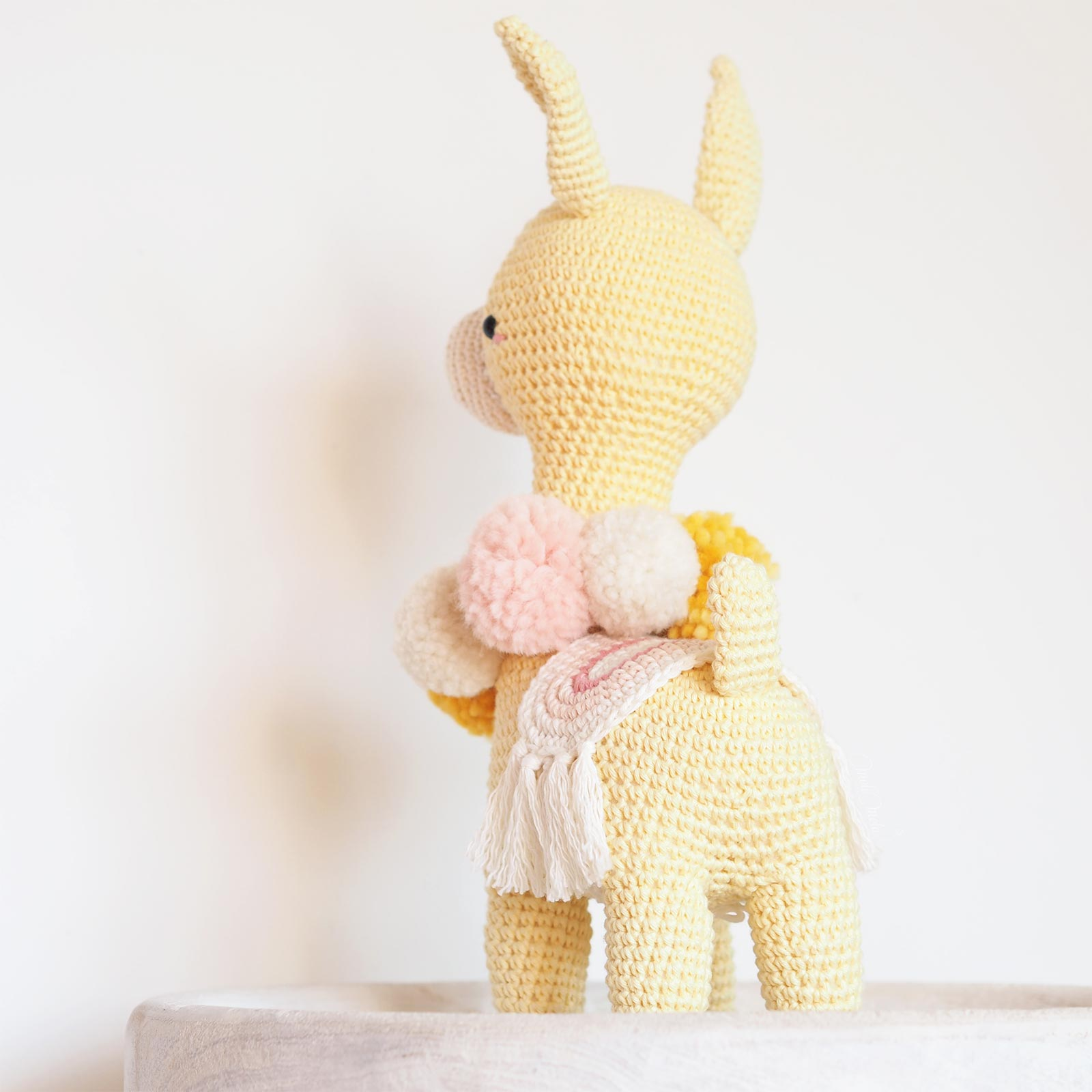 Amigurumipatterns.net - Book creations - Animal Friends of Pica ... | 1600x1600