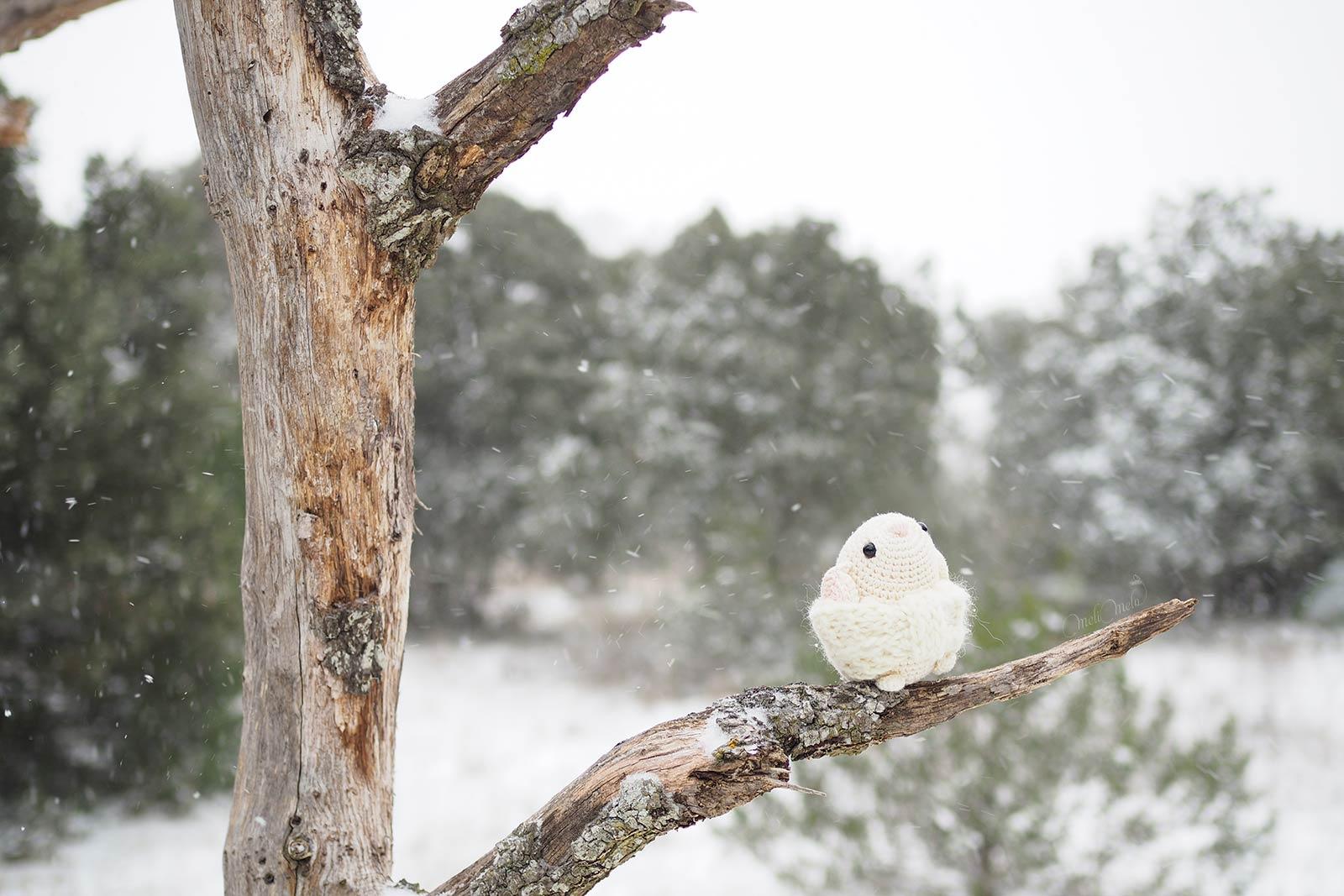amigurumi-souris-crochet-tempete-filomena-neige-laboutiquedemelimelo
