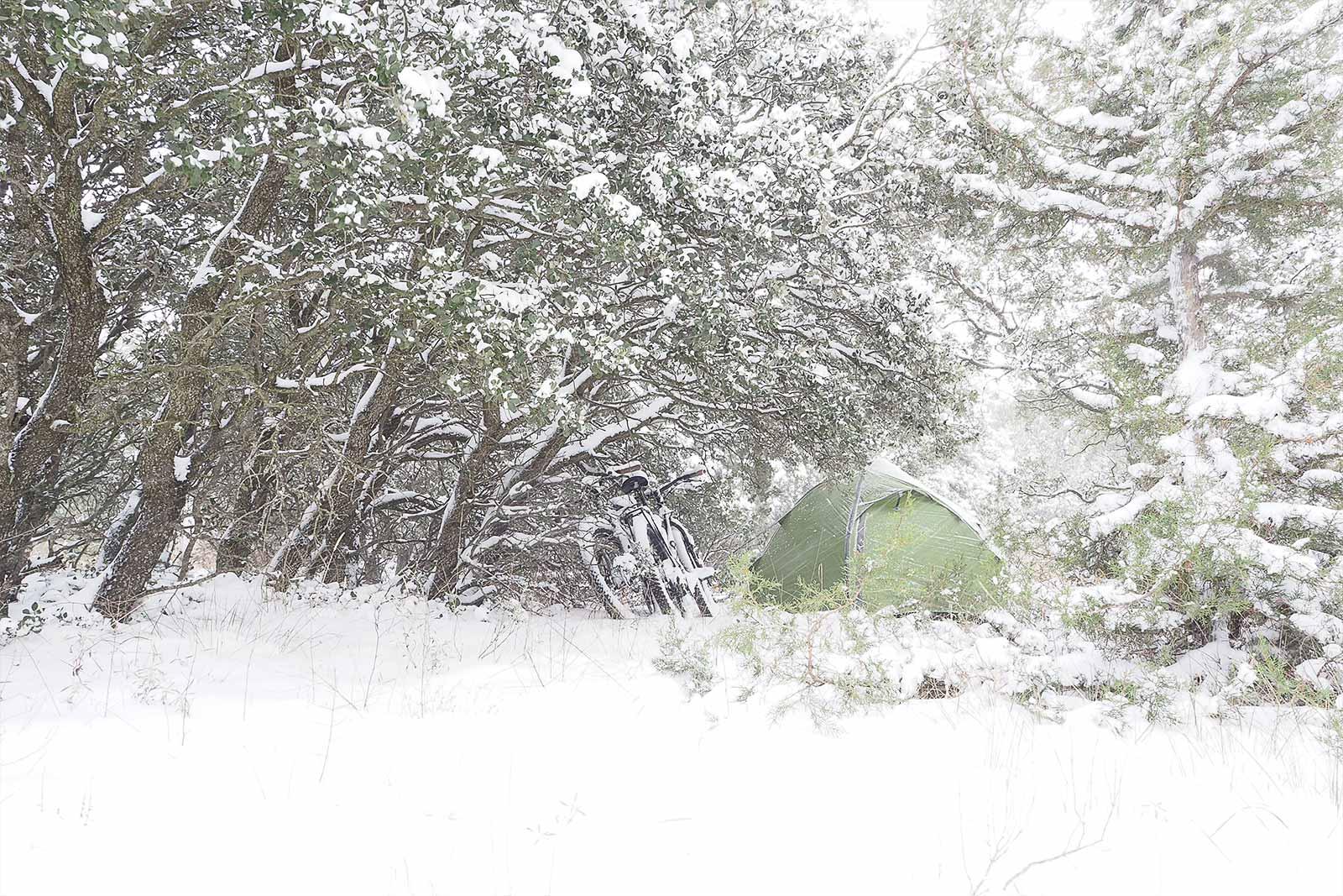 bivouac-orion-exped-tent-bici-tormenta-filomena-enero-2021-yoniquenews