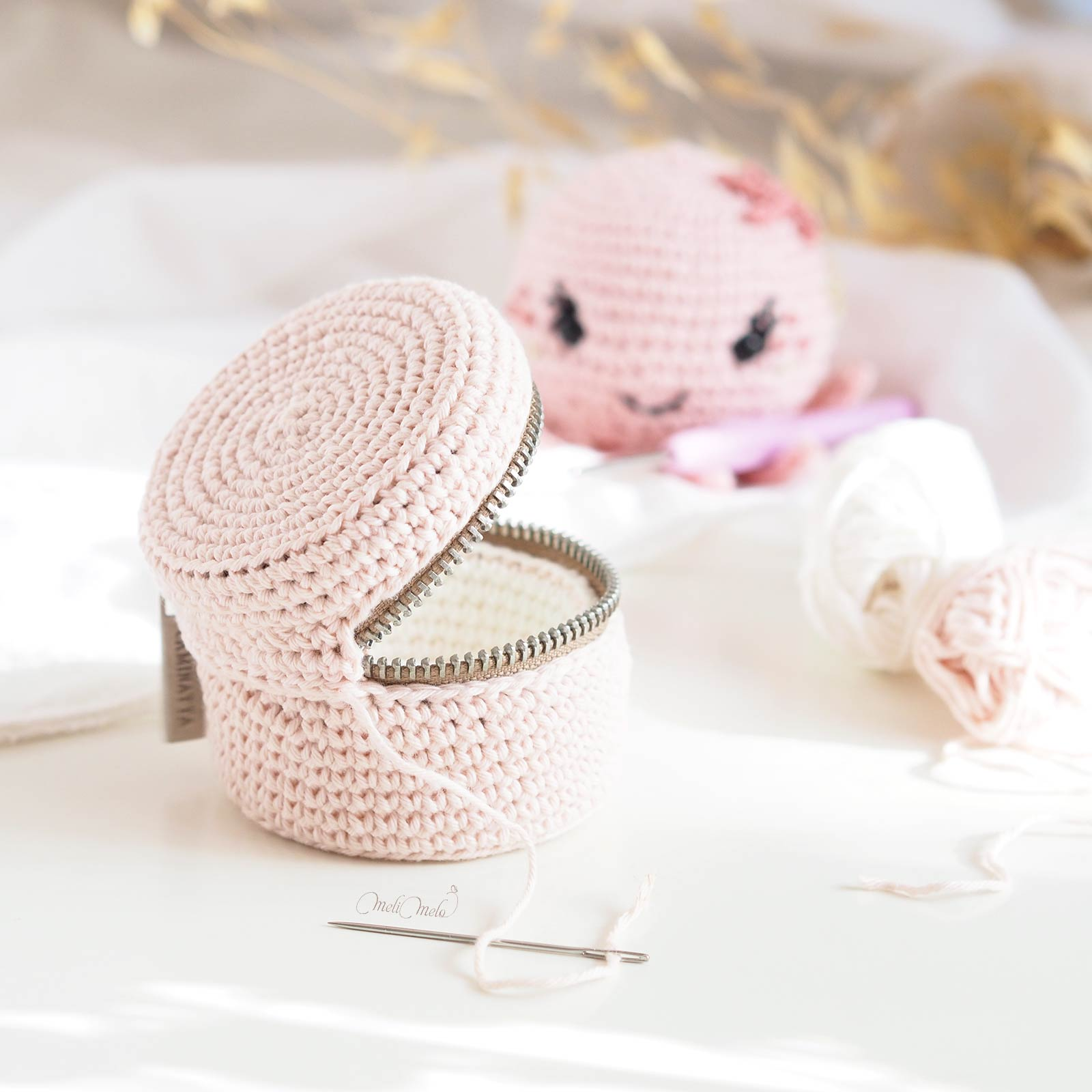 boite-maquillage-crochet-coton-upcycling-cousette-02-laboutiquedemelimelo