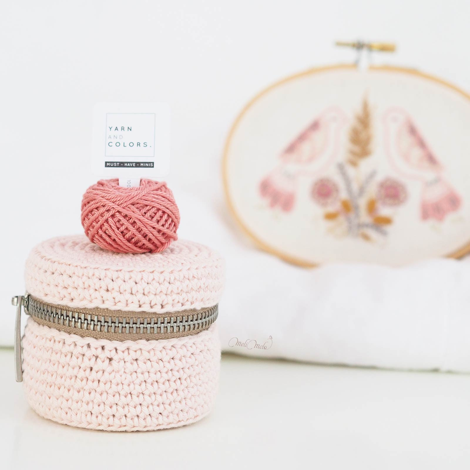 boite-rose-reve-maquillage-crochet-coton-upcycling-ricorumi-must-have-minis-laboutiquedemelimelo
