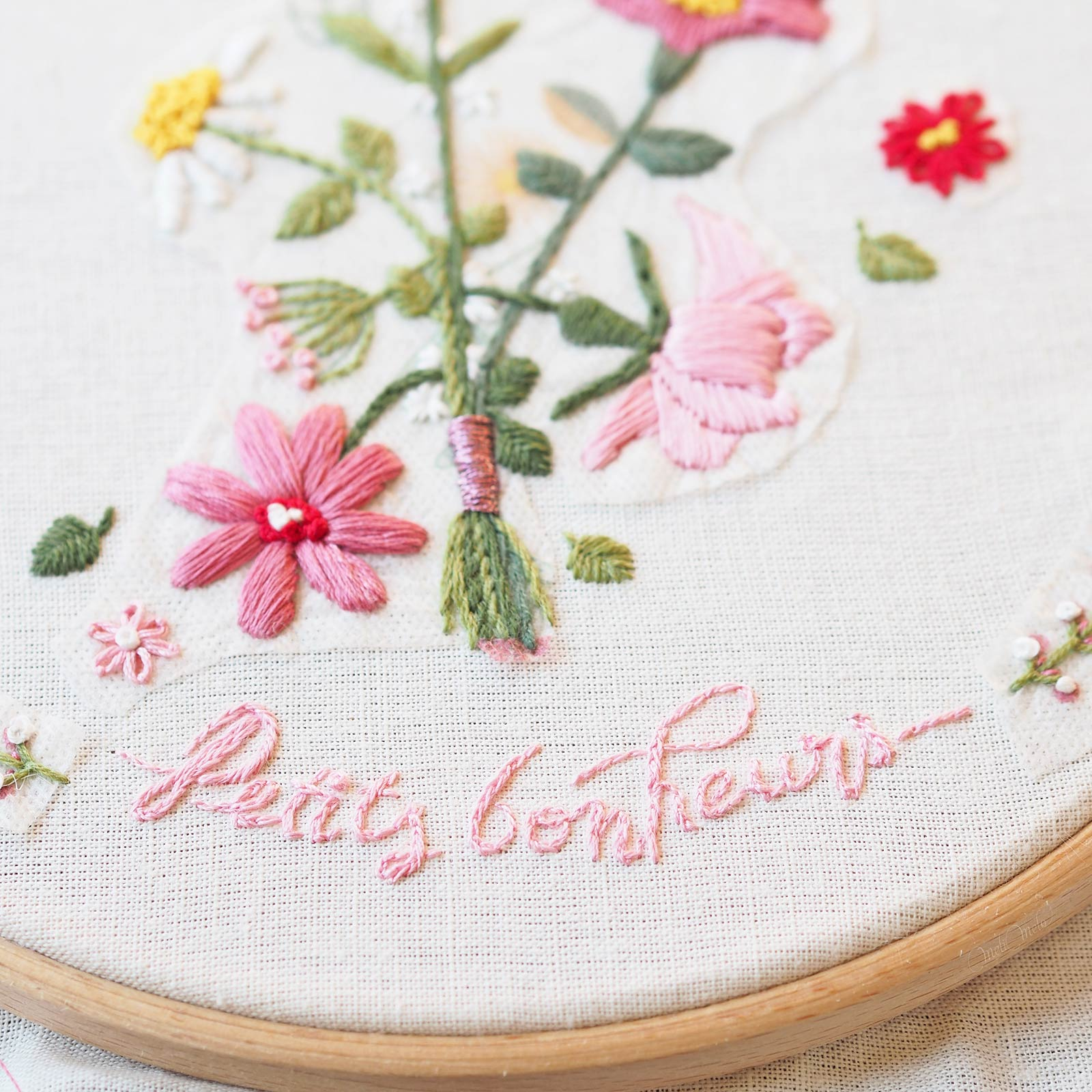 broderie-calligraphie-petits-bonheurs-laboutiquedemelimelo