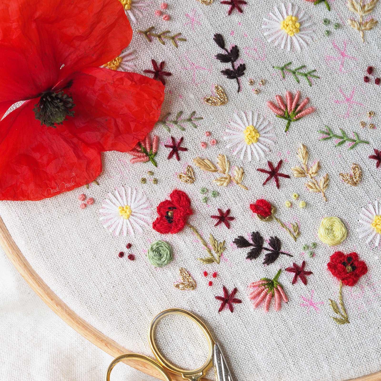 broderie-coquelicot-point-floria-caston-stitch-laine-fine-aubusson-laboutiquedemelimelo