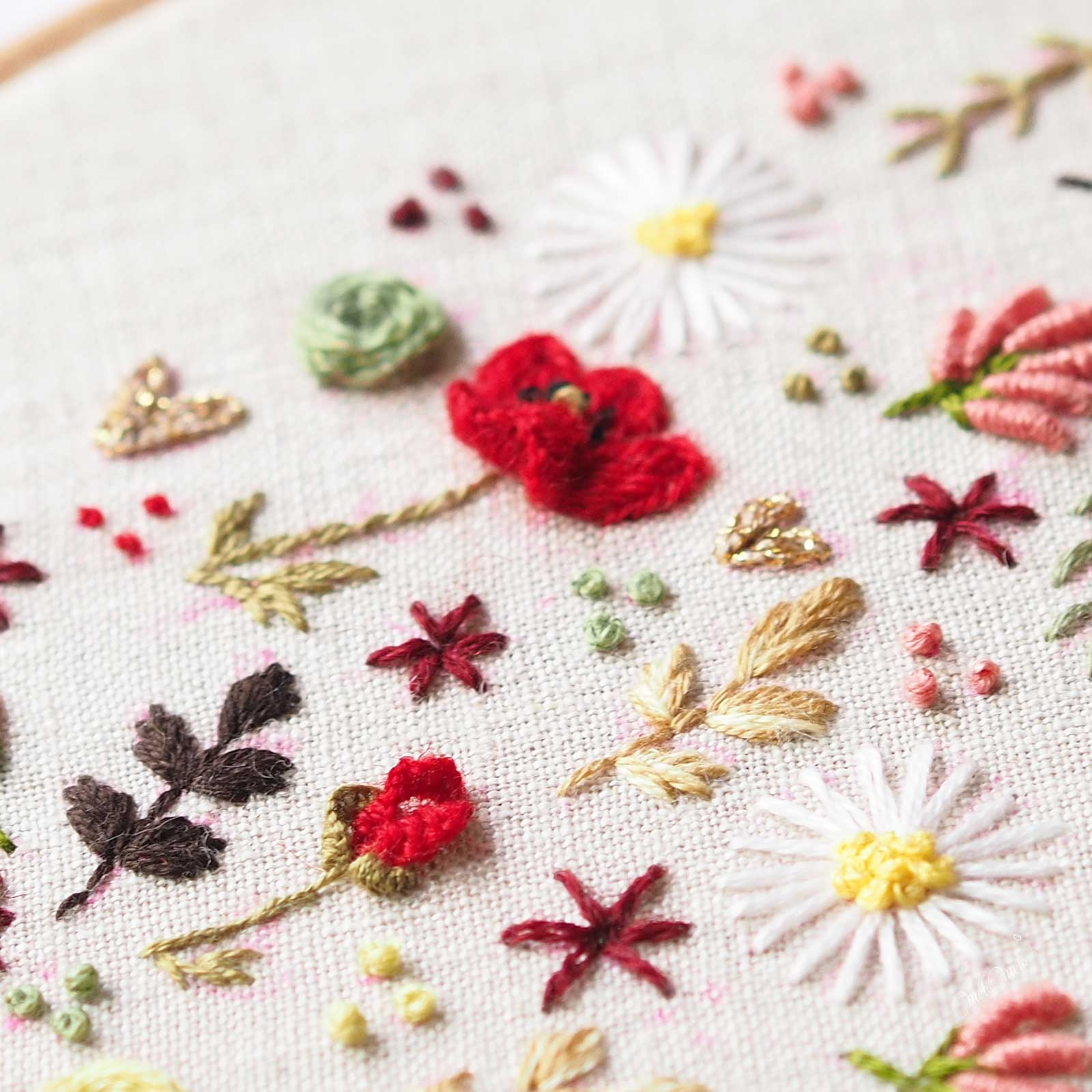 broderie-coquelicot-relief-point-floria-cast-on-stitch-laboutiquedemelimelo