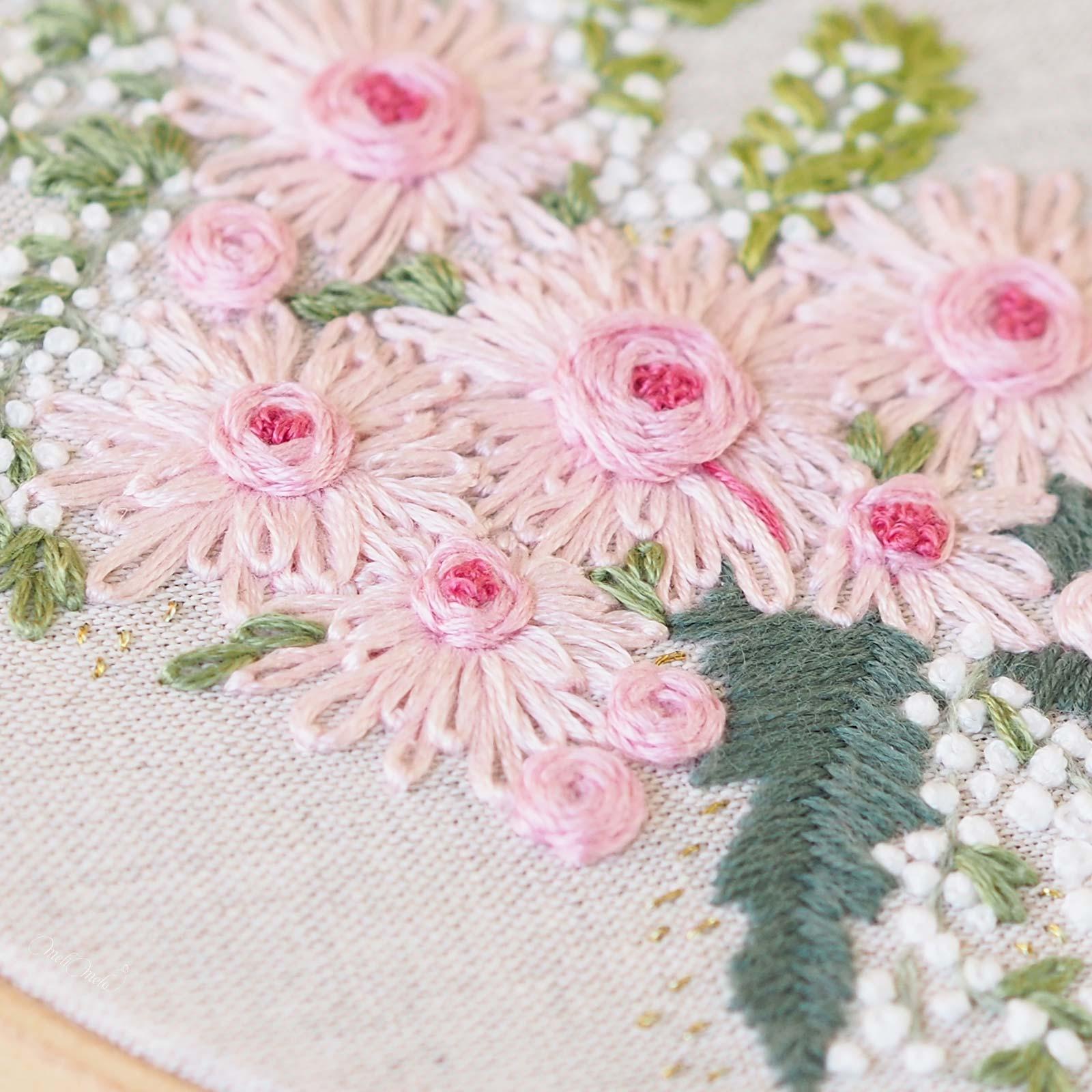 broderie mouliné DMC Laine Saint Pierre Lille fleurs gerbera rose Boutique MeliMelo