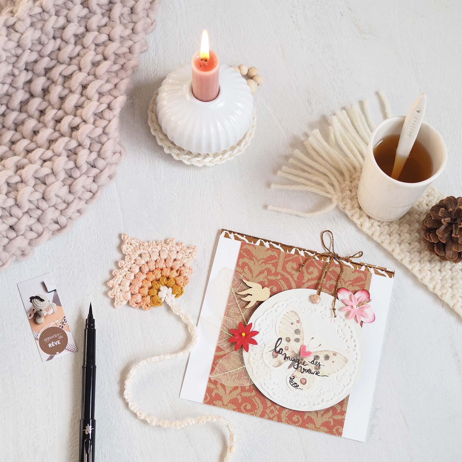 cartes voeux scrapbooking crochet thème lecture marque pages plume paon laboutiquedemelimelo