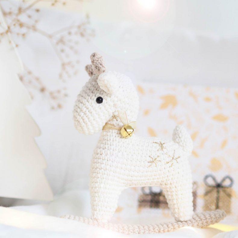 christmas-hanging-deer-ricorumi-coton-crochet-laboutiquedemelimelo