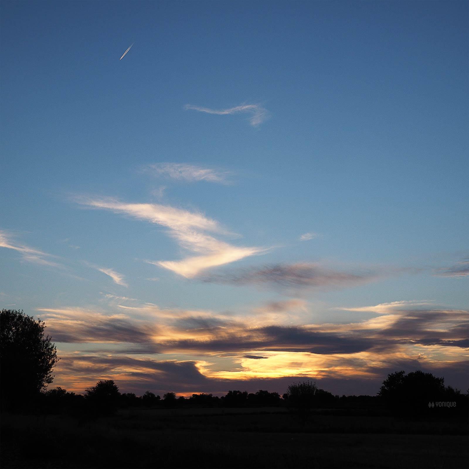 ciel-lune-moisson-septembre-valladolid-cigales-spain-yoniquenews
