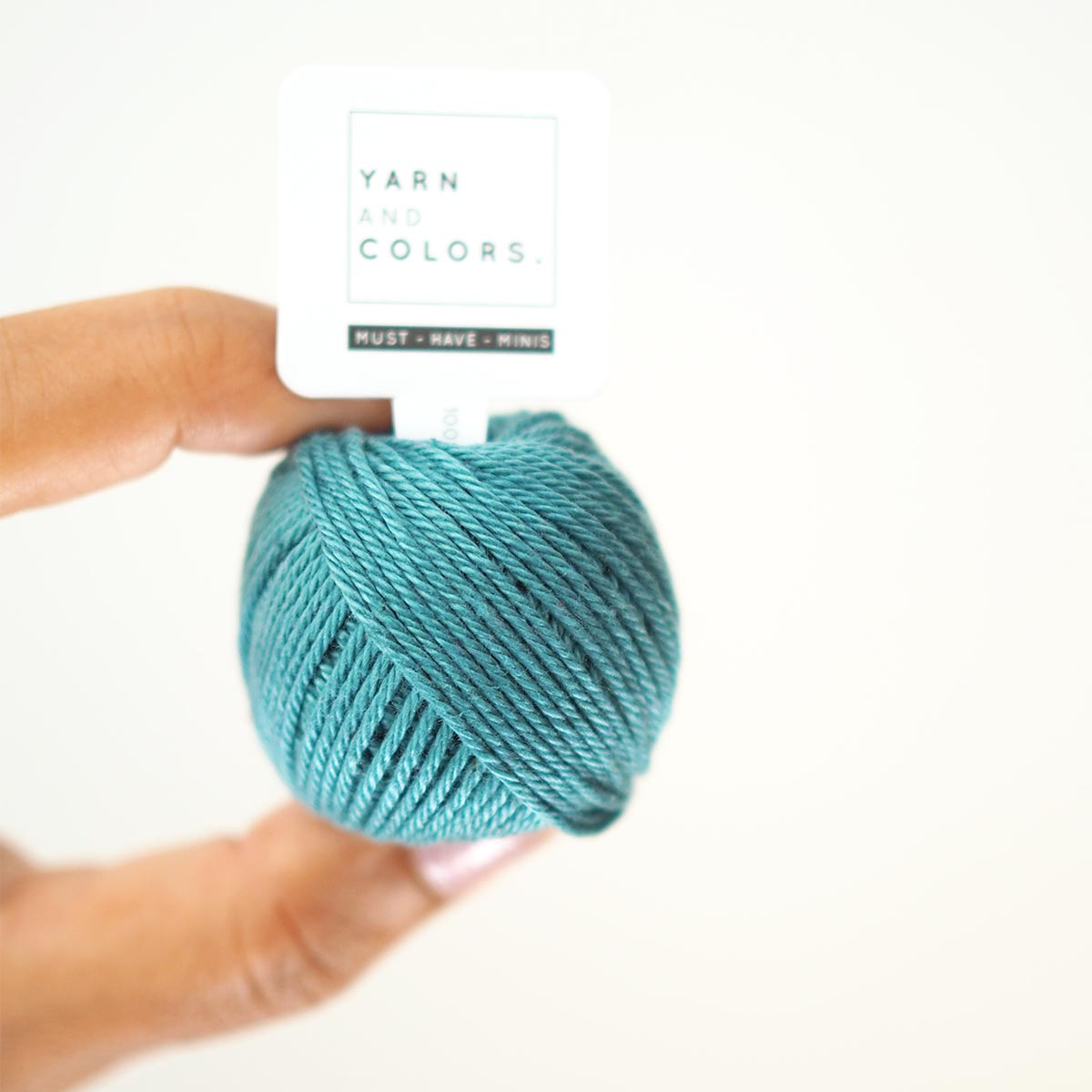cotton-must-have-mini-yarn-and-colors-laboutiquedemelimelo