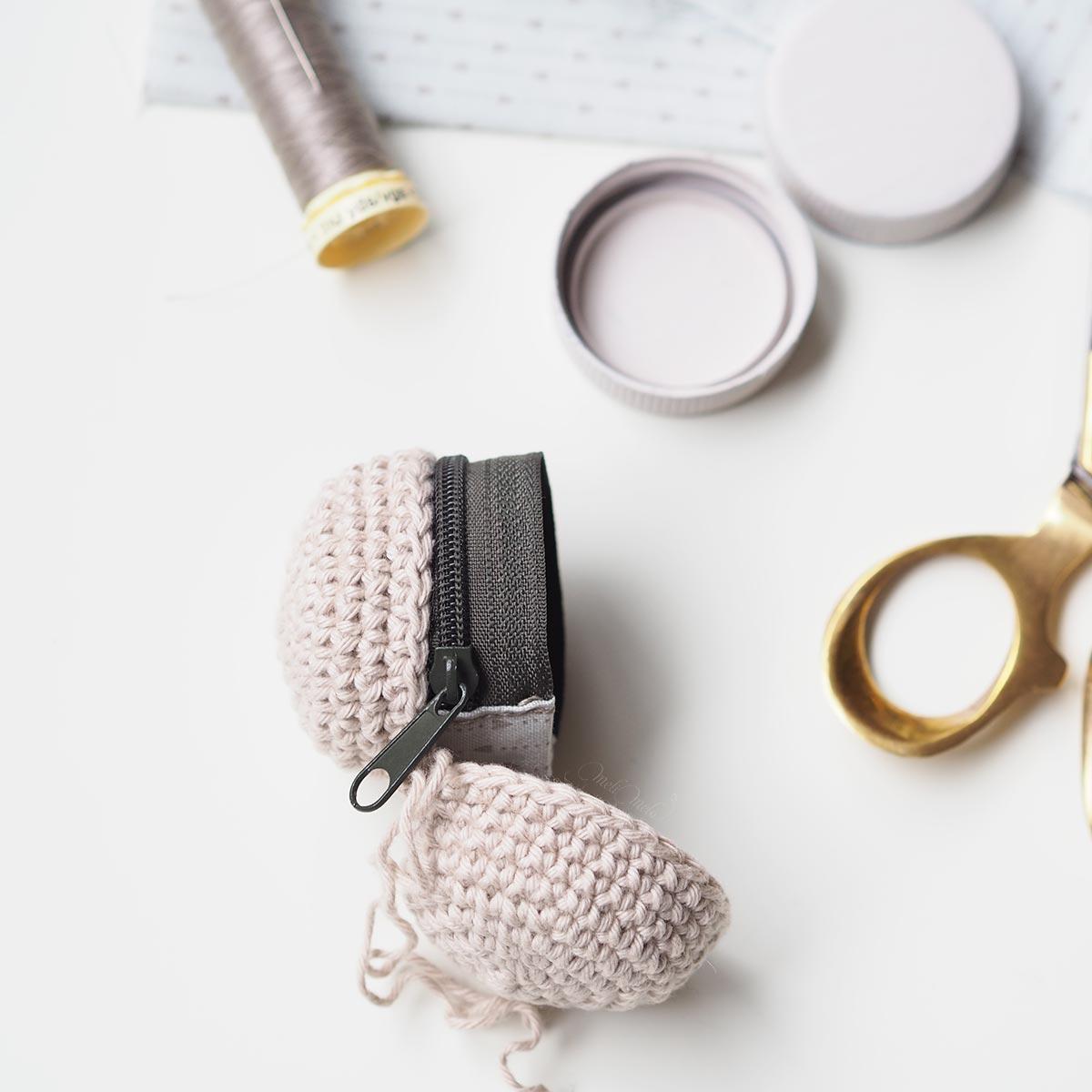 couture-blocage-zip-crochet-boitier-chouettekit-laboutiquedemelimelo-02