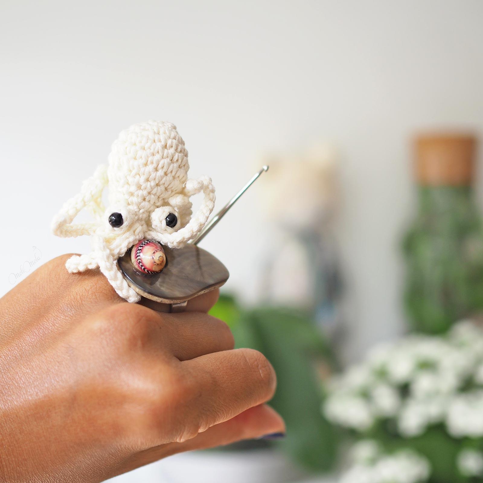 crochet amigurumi mini poulpe octopus happycrochetetc boutique MeliMelo bague Nature Bijoux