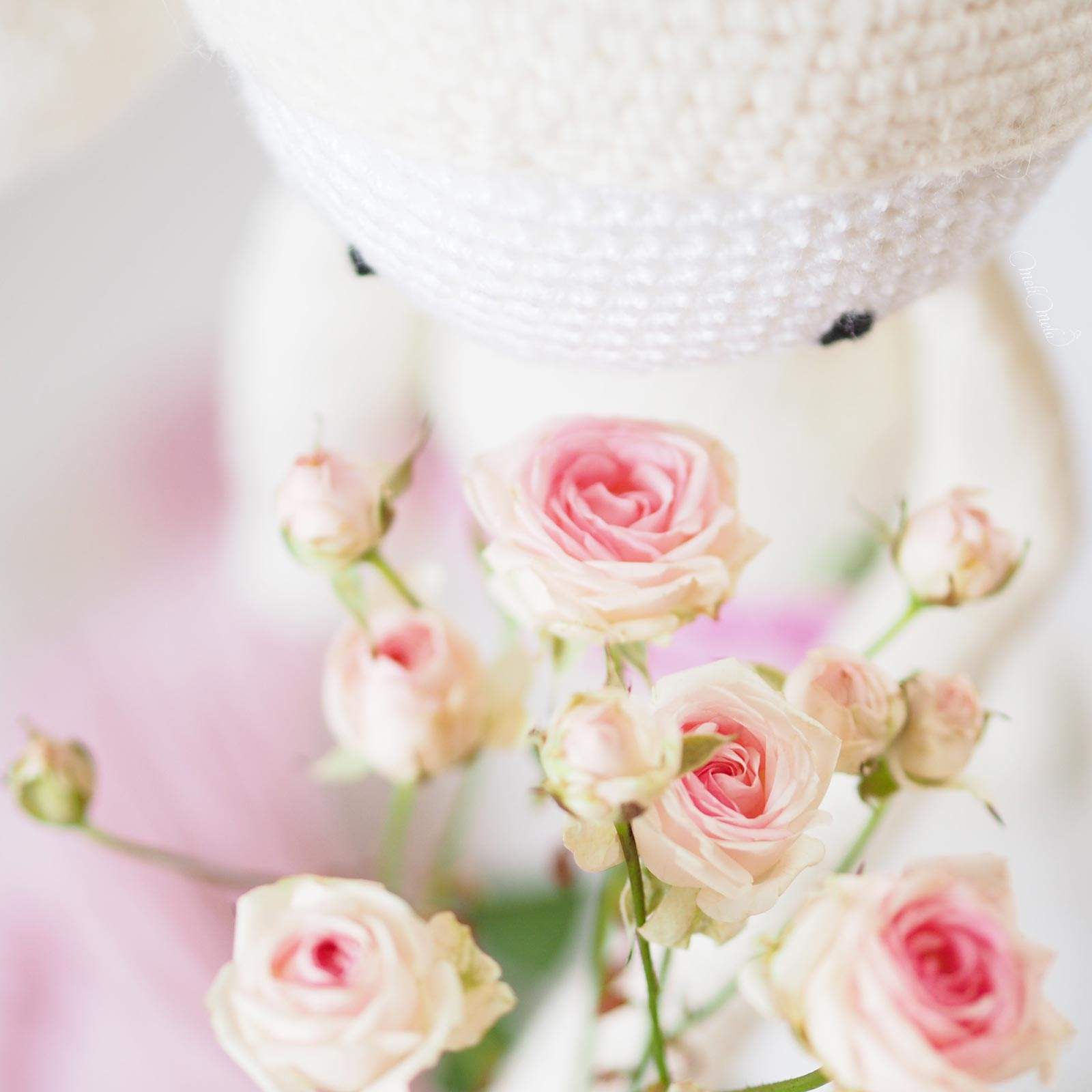 crochet conejo rita lalylala ganchillo ramo rosas flores la jara valladolid lana alpaca ricodesign laboutiquedemelimelo