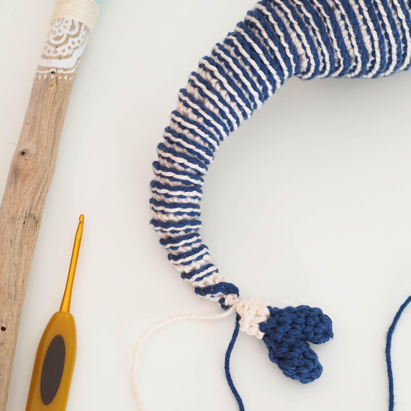 crochet doudou amigurumi marinière rayures bleu blanc laboutiquedemelimelo