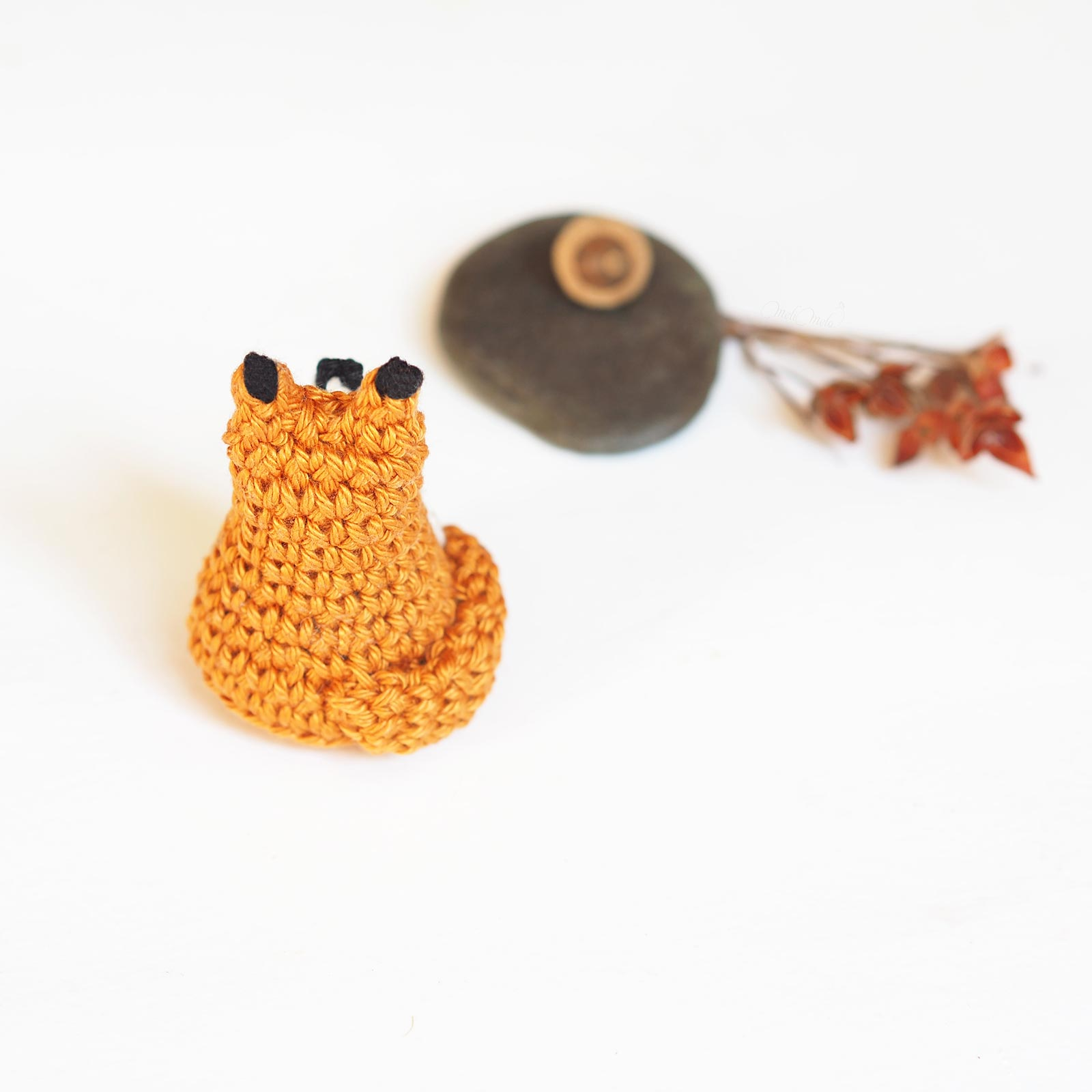 crochet mini renard tiny fox tuto DIY Catona Scheepjes dos laboutiquedemelimelo