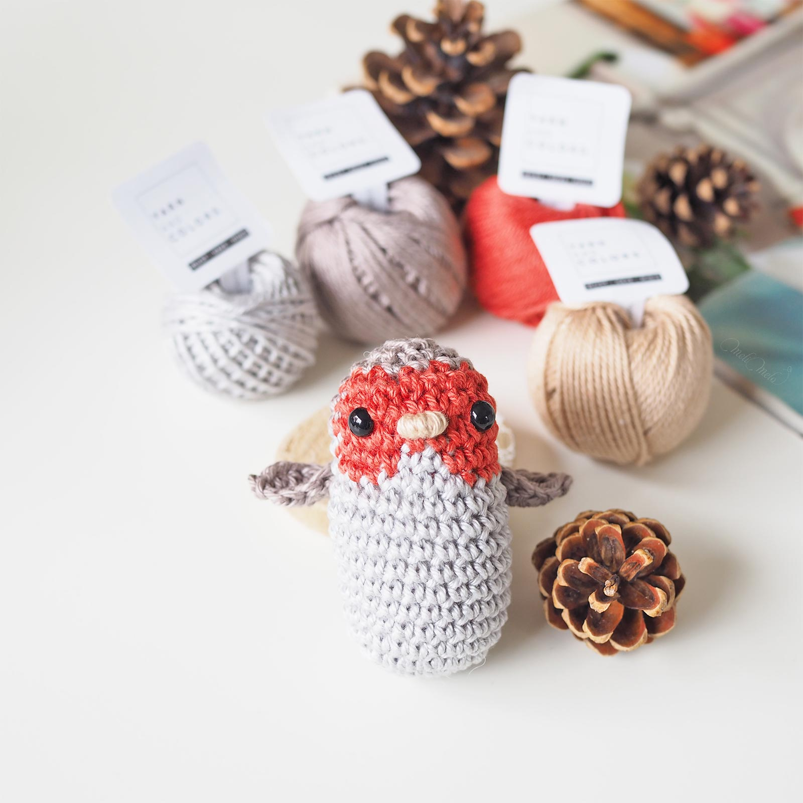 crochet robin bird Must Have Minis Yarn and Colors Boutique MeliMelo