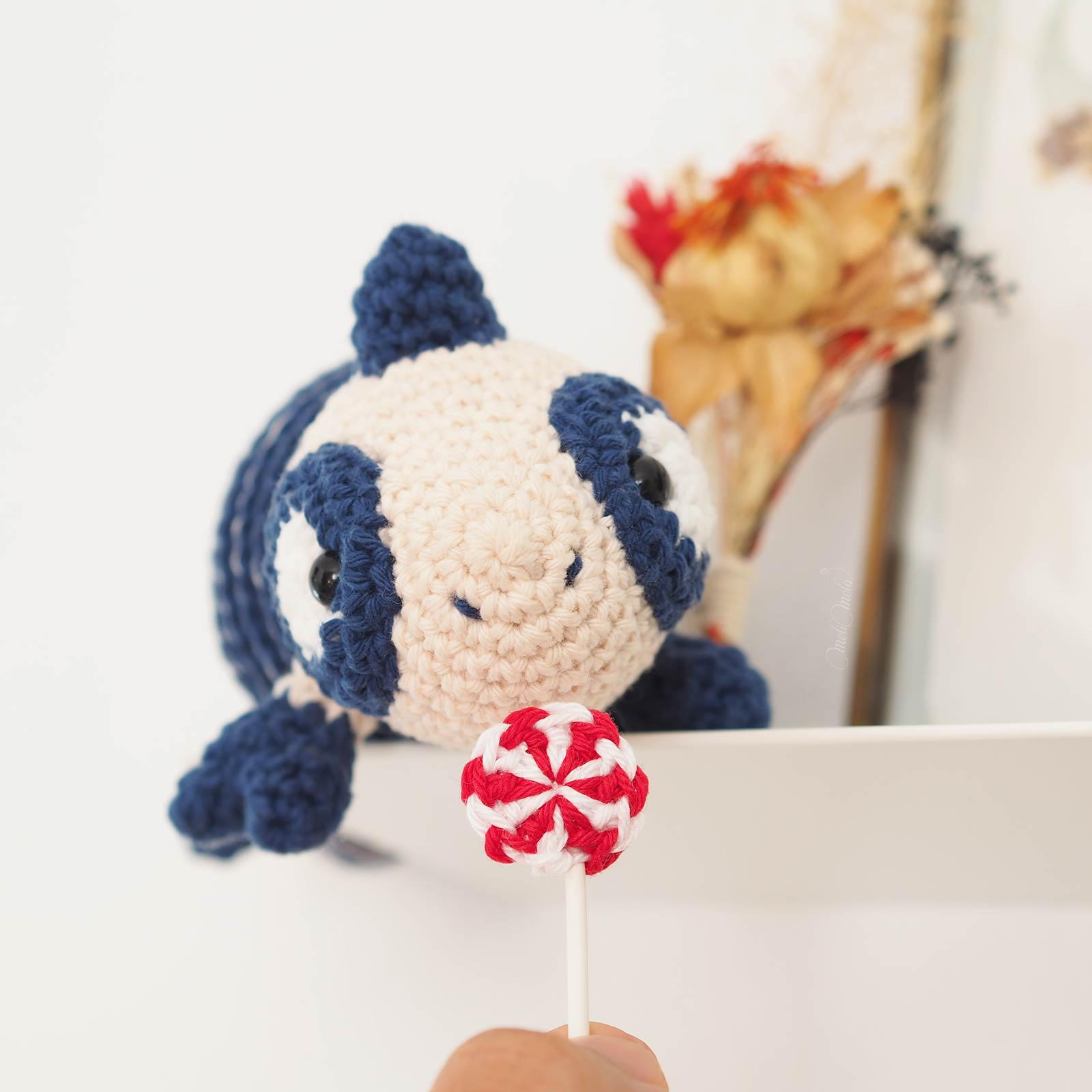 crochet peppermint candy petalstopicots chameleon amigurumi laboutiquedemelimelo