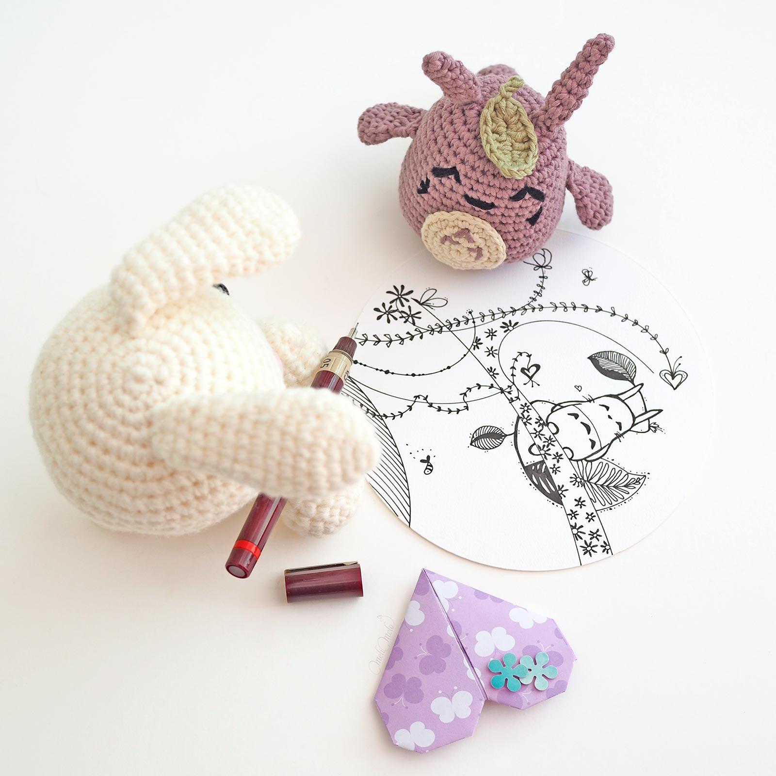 illustration encre chine Totoro et Petit lapin au crochet coeur origami laboutiquedemelimelo
