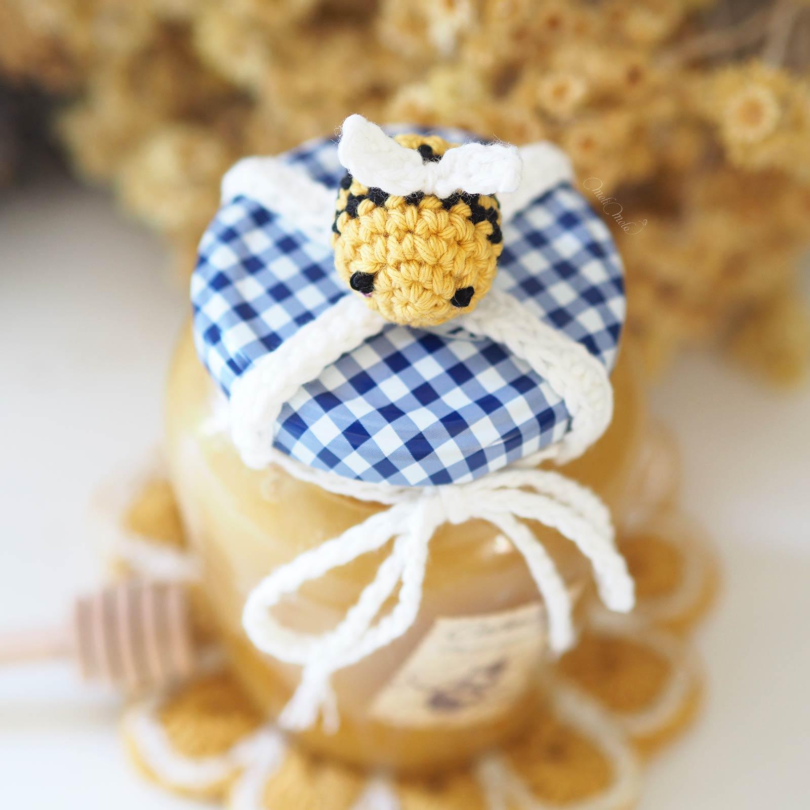 deco-pot-miel-abeille-amigurumi-crochet-laboutiquedemelimelo