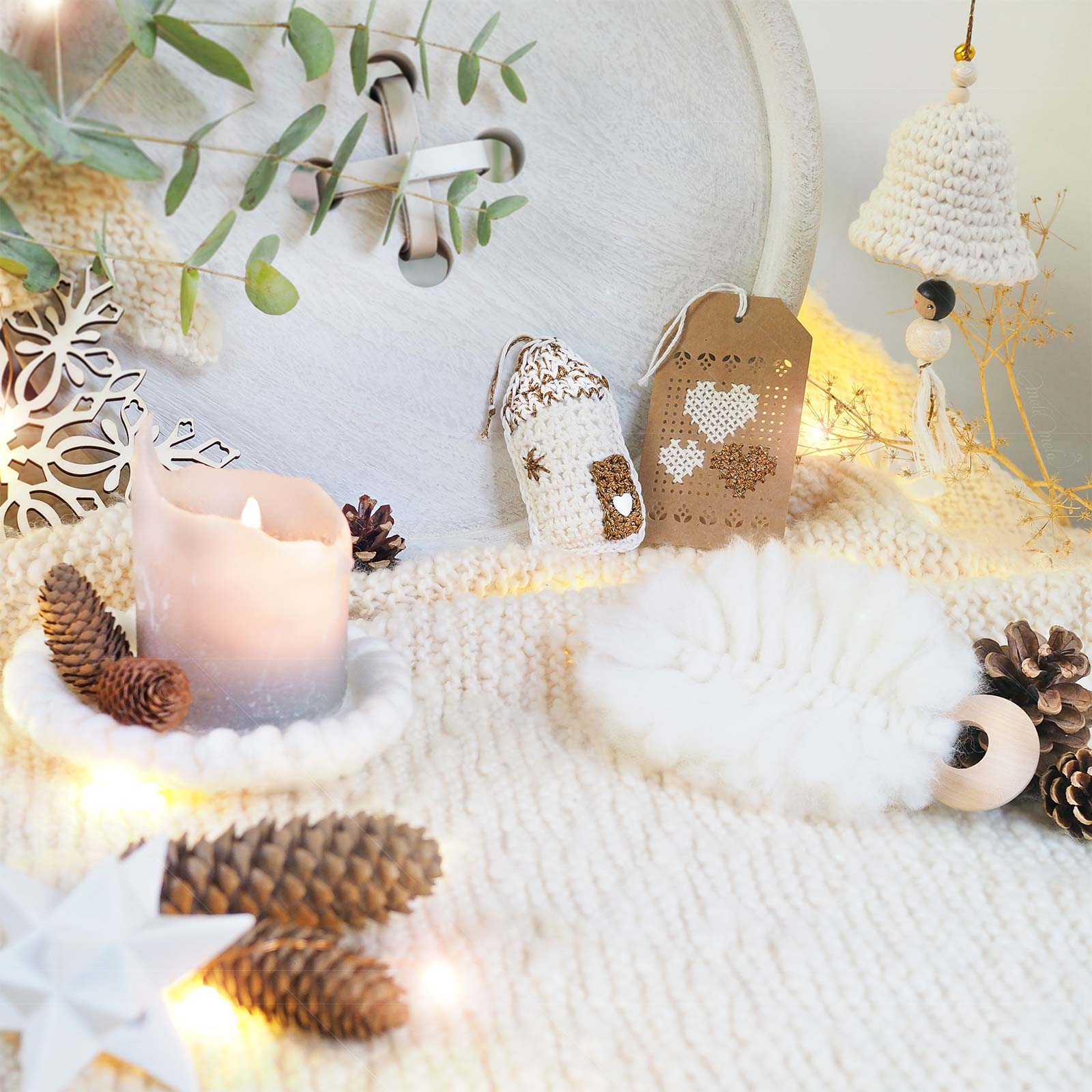 décoration Noël crochet blanc or cloche plume maison coeur boutique melimelo