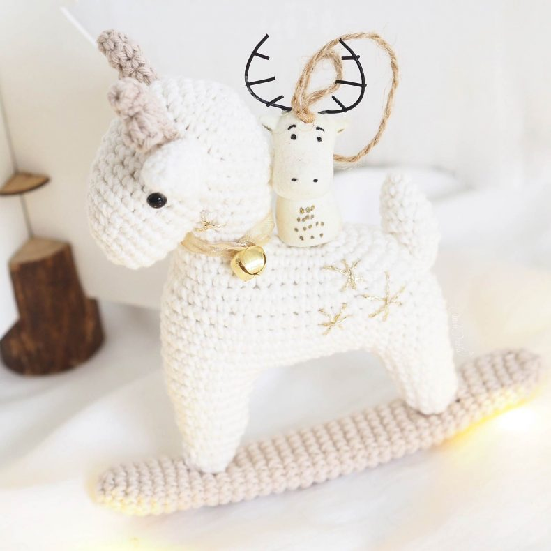 decoration-noel-renne-bascule-deer-crochet-laboutiquedemelimelo