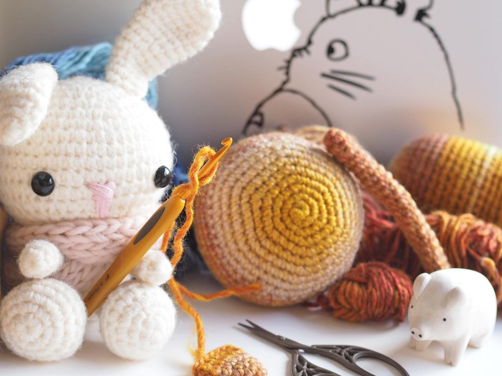 devinette crochet amigurumis lapin spring bunny totoro laboutiquedemelimelo
