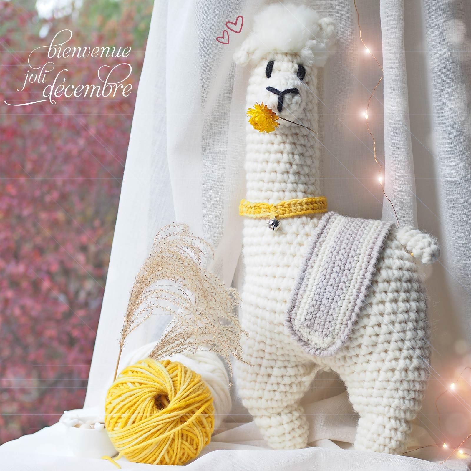 alpaca-crochet-alpaga-geant-amigurumi-camomille-laboutiquedemelimelo