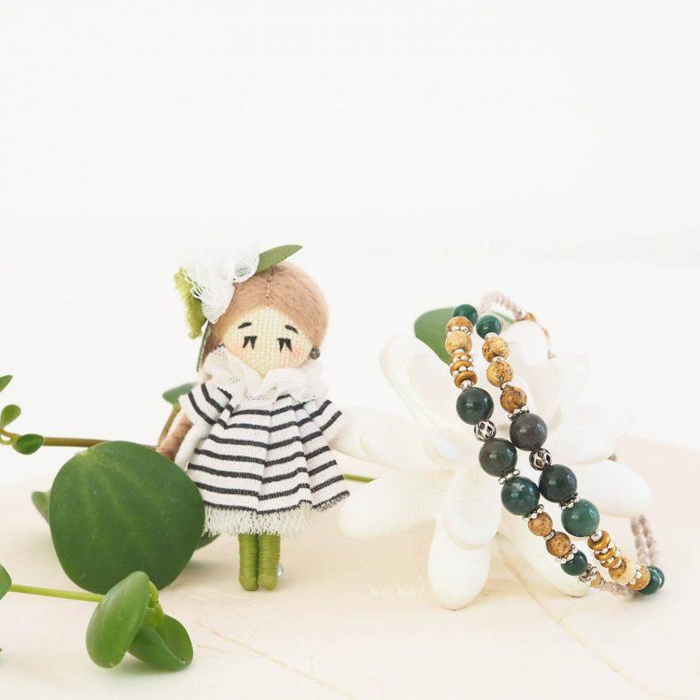 duo-artisanat-poupee-mariniere-bracelet-macrame-mookaite-jaspe-pierres-fines-laboutiquedemelimelo