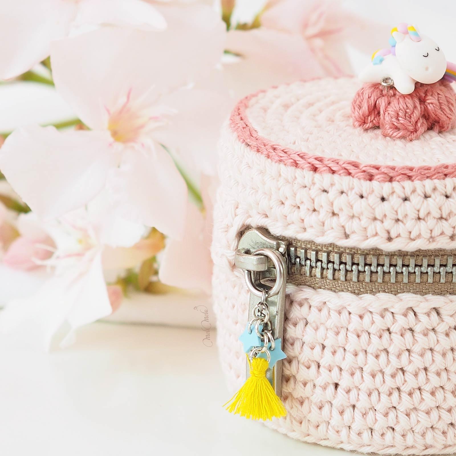 ecrin-pastel-licorne-arc-en-ciel-reve-crochet-coton-fait-main-laboutiquedemelimelo