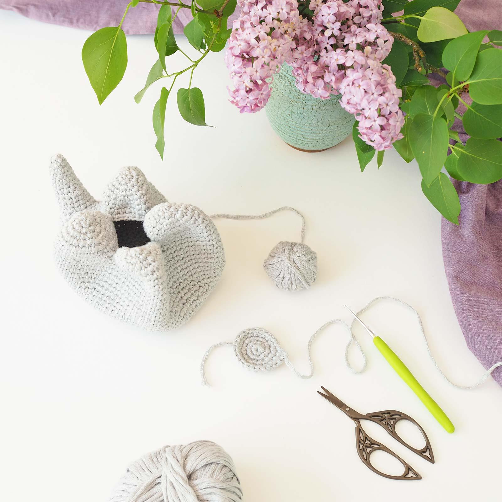 éléphant doudou amigurumi encours crochetvip la boutique de melimelo