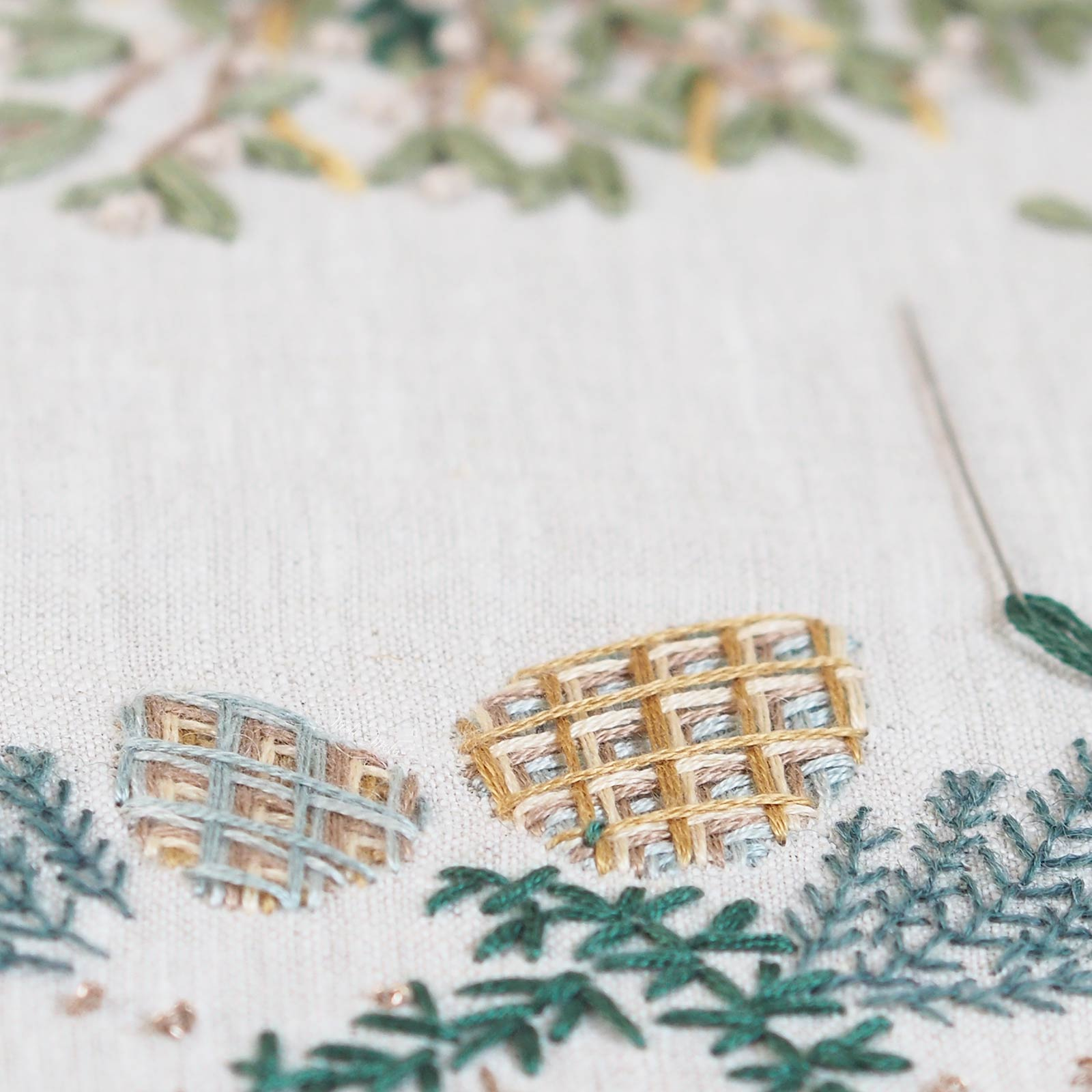 embroidery-battlementcouching-cedar-liban-laboutiquedemelimelo