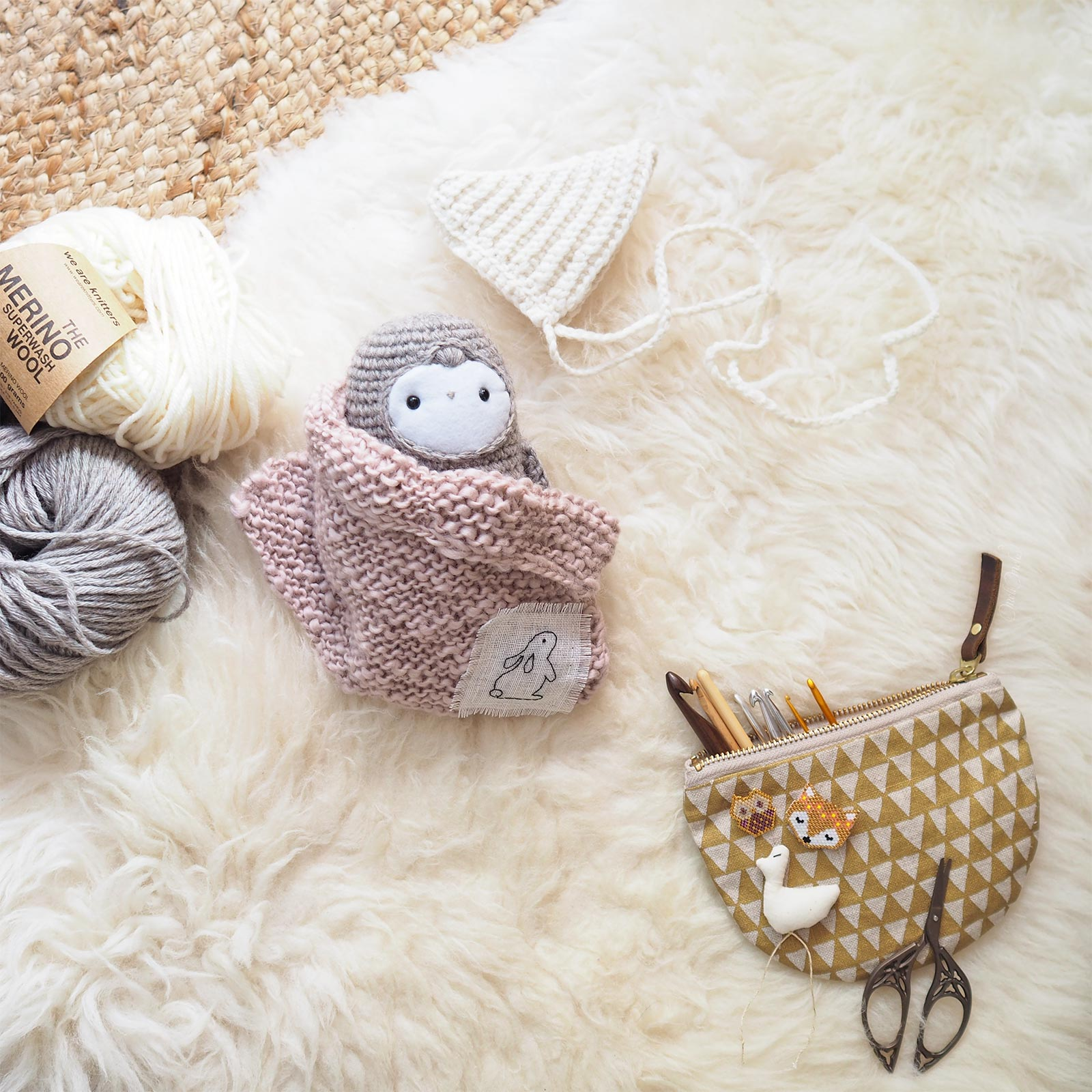 encours crochet owl chouette lutine plaid tricot the wave merimo we are knitters laboutiquedemelimelo