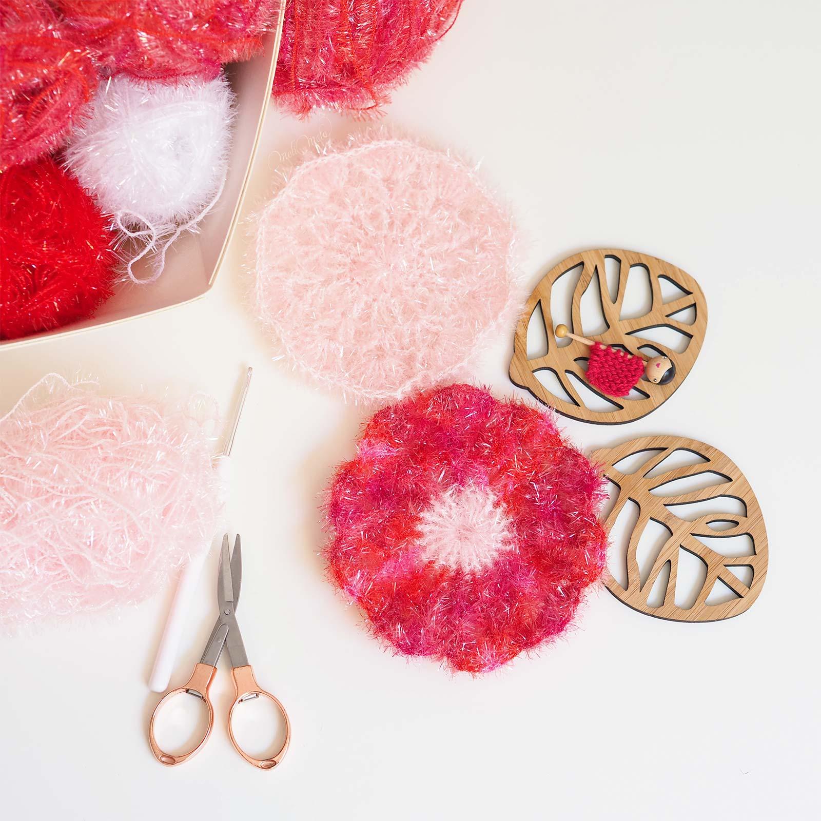 encours éponge tawashi crochet fleur coquelicot laboutiquedemelimelo