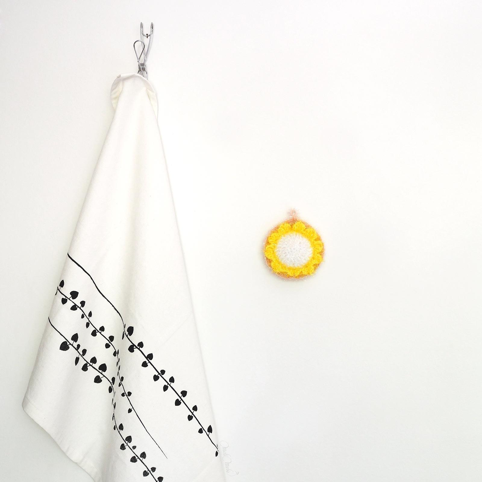 Éponge Tawashi vaisselle ou corps pâquerette creative bubble rico design laboutiquedemelimelo