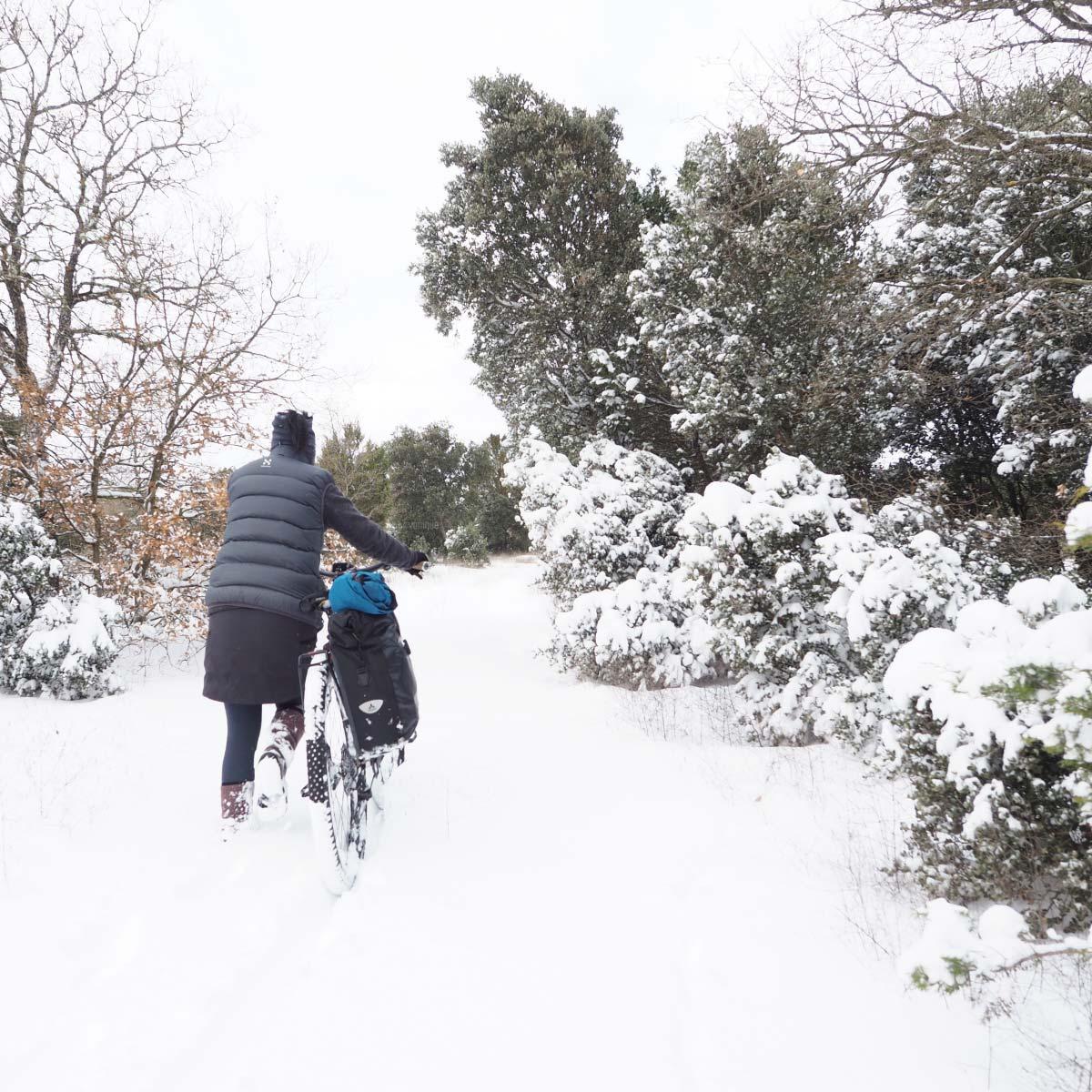 escapade-velo-hiver-neige-winter-biking-yoniquenews