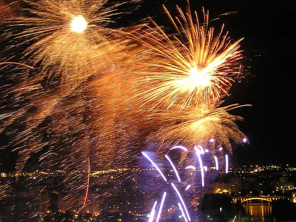 feux d'artifice sur Valladolid laboutiquedemelimelo