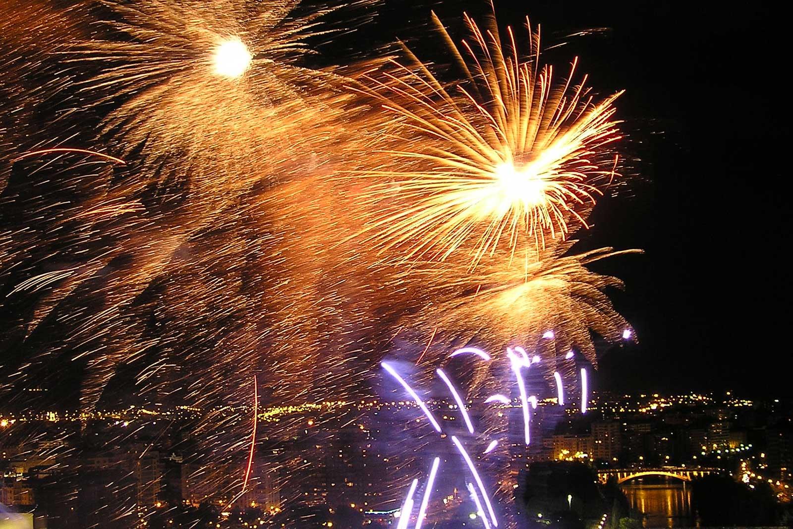 feux d'artifice sur Valladolid laboutiquedemelimelo