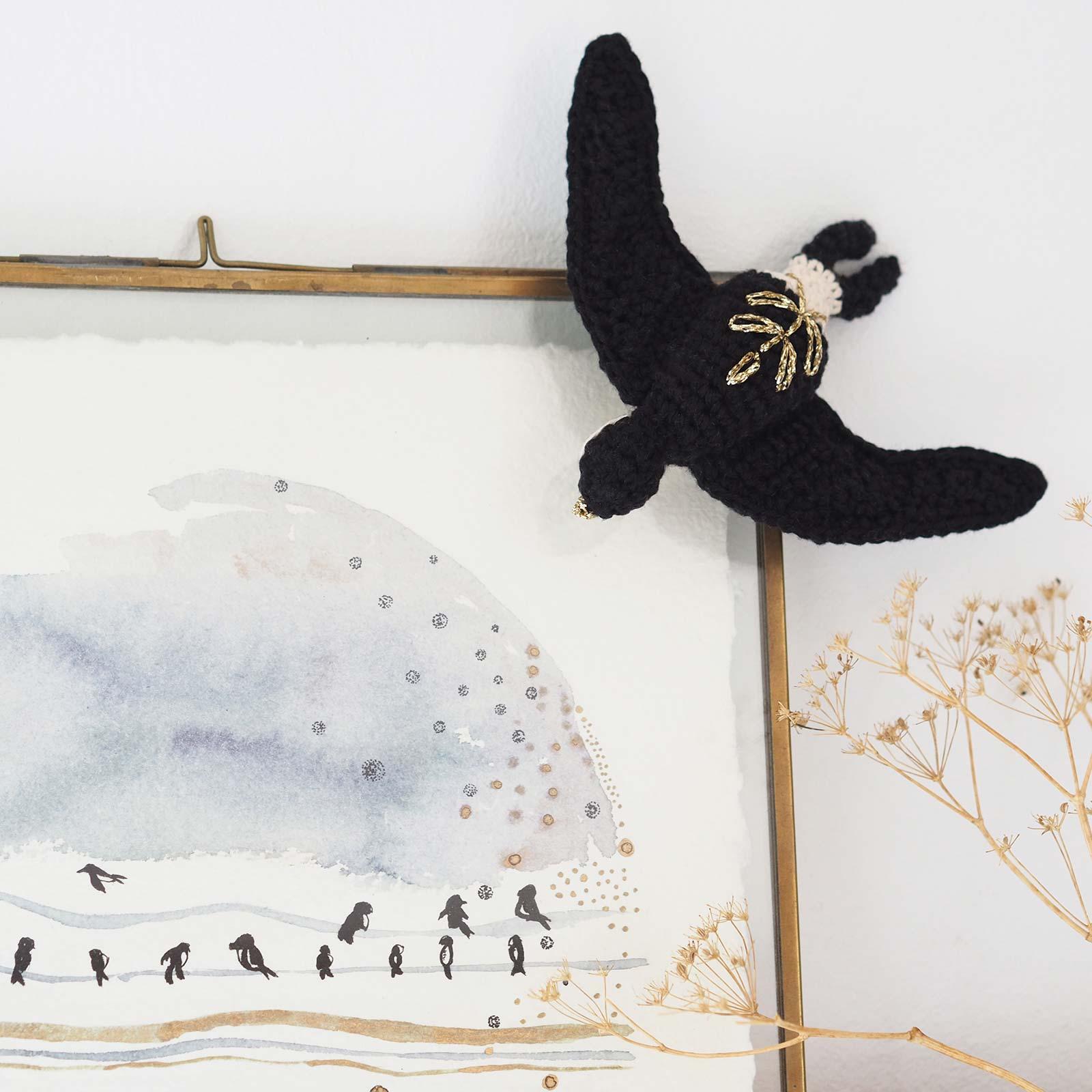 hirondelle-fenetre-crochet-decoration-diymelimelo-laboutiquedemelimelo