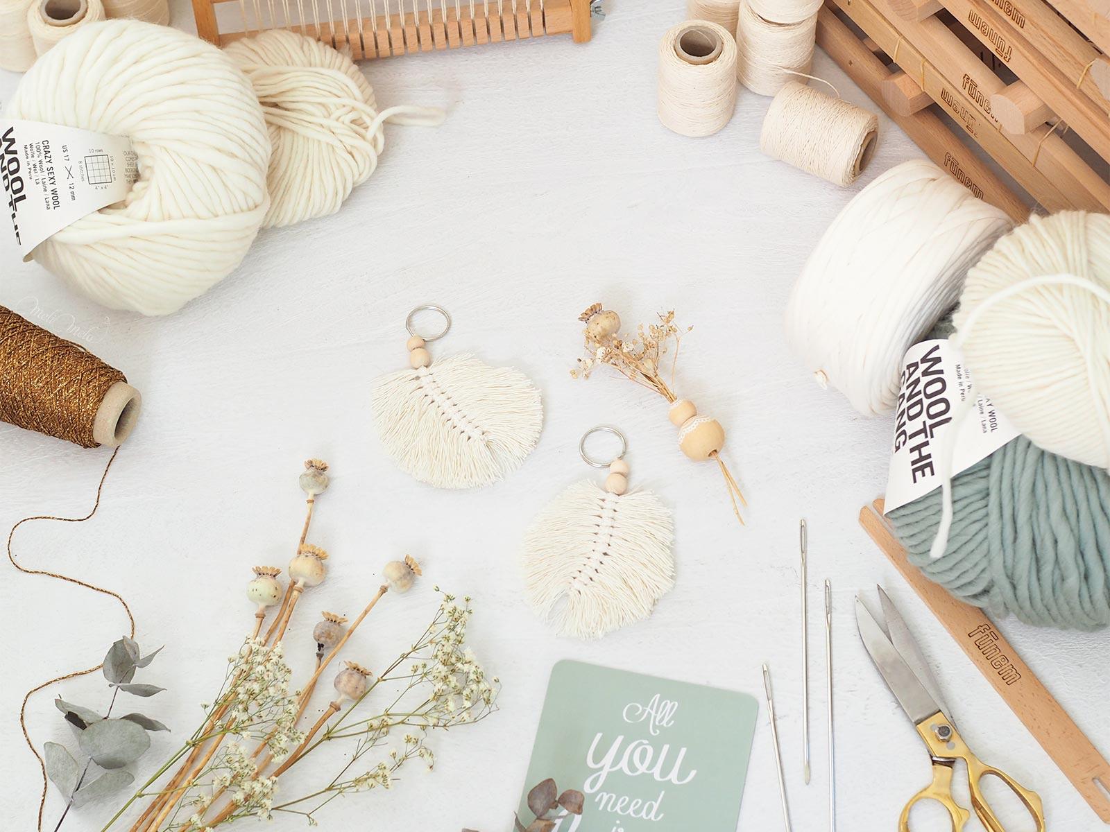 kit tissage MeliMelo DIY laine eucalyptus blanc plume laboutiquedemelimelo