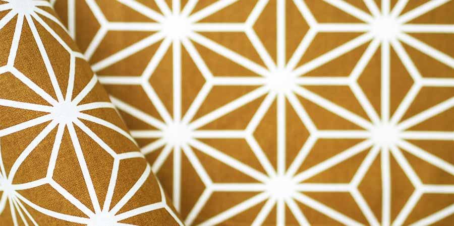 tissu japonais étoiles Hanagata sienna laboutiquedemelimelo
