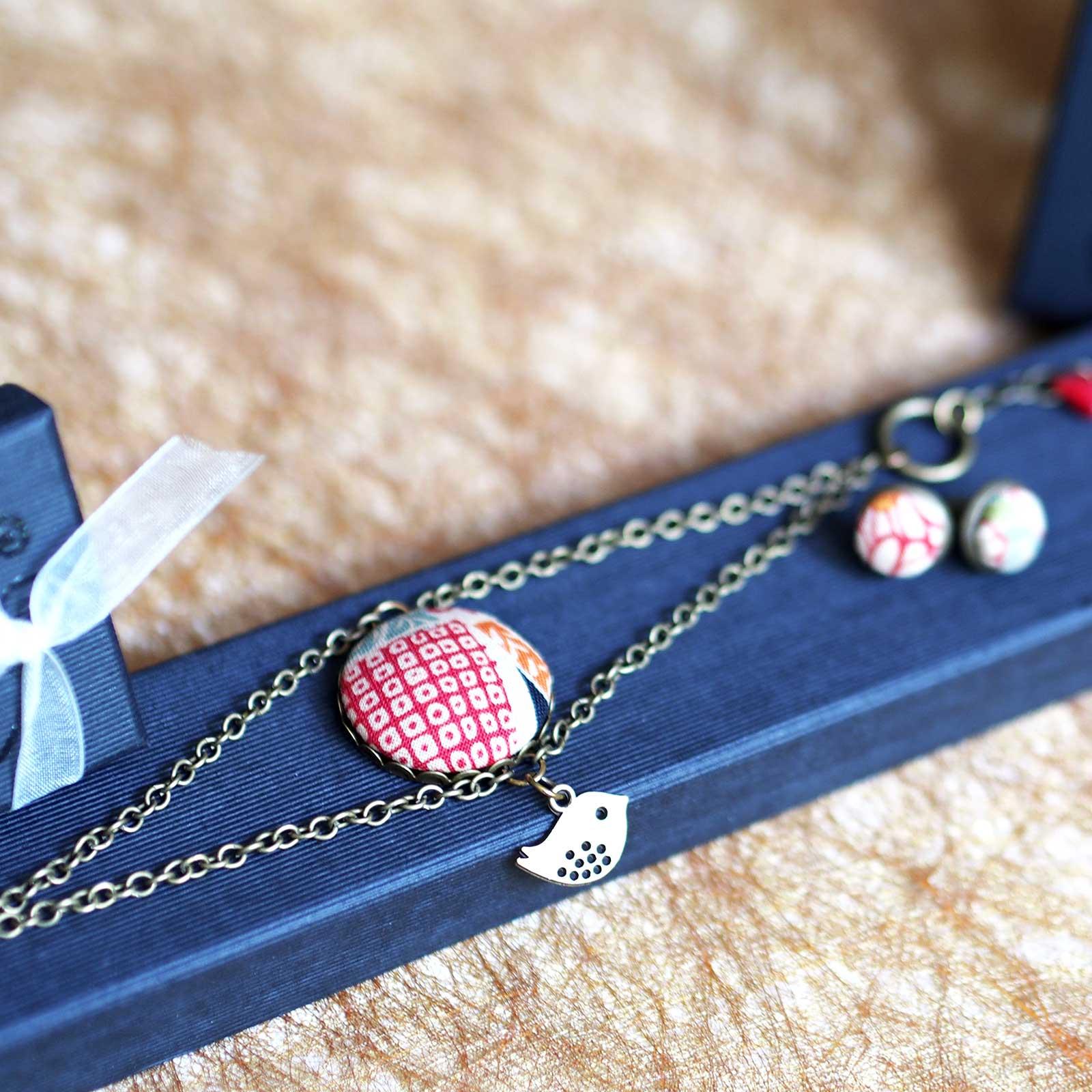 Bracelet Corolle tissu japonais floral Mariigurudou Collection Japon étui laboutiquedemelimelo
