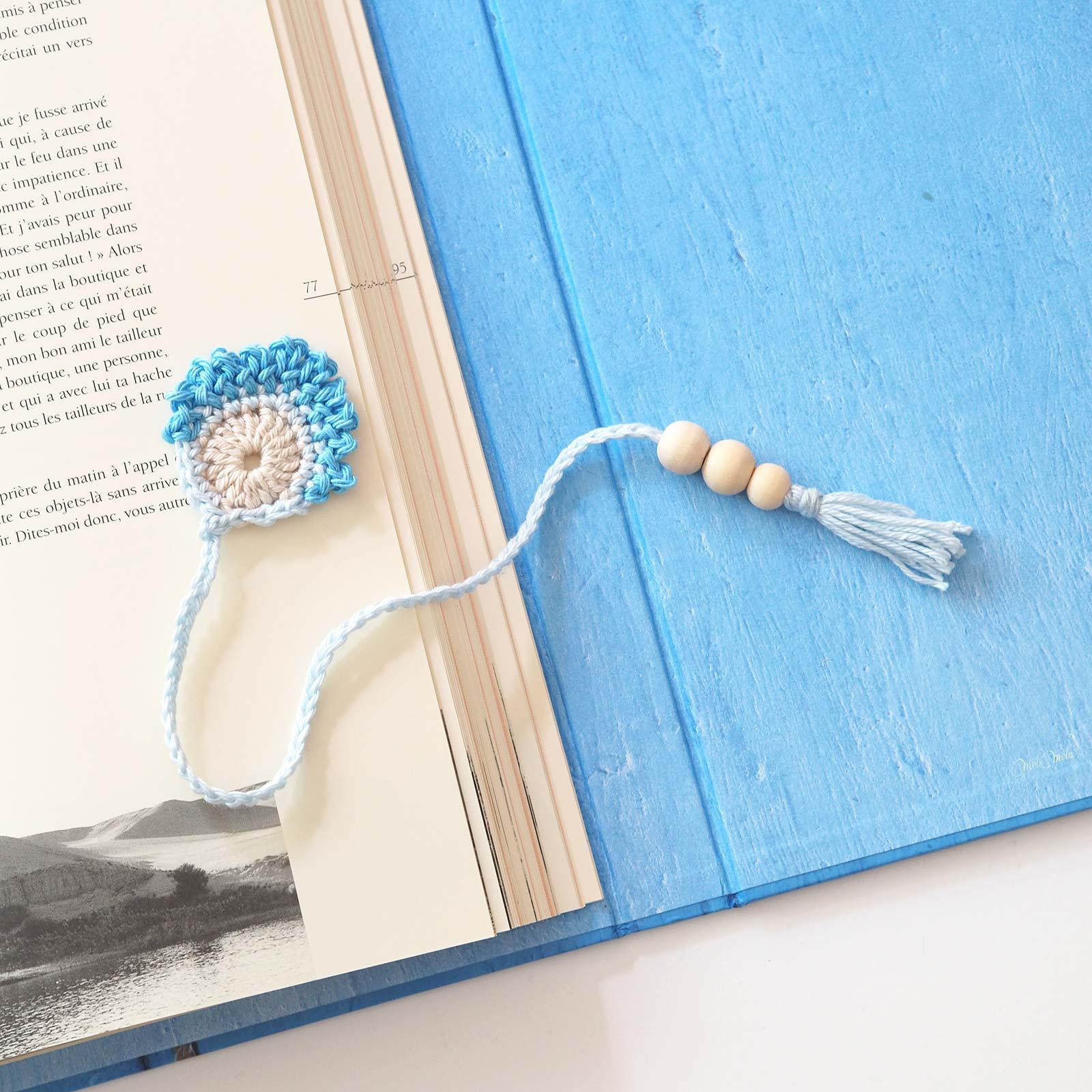 marque-pages livre plume paon crochet coton laboutiquedemelimelo