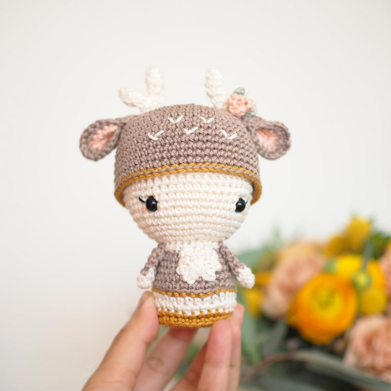 mini Annie deer biche crochet Aradiya Toys amialong amigurumipatterns laboutiquedemelimelo