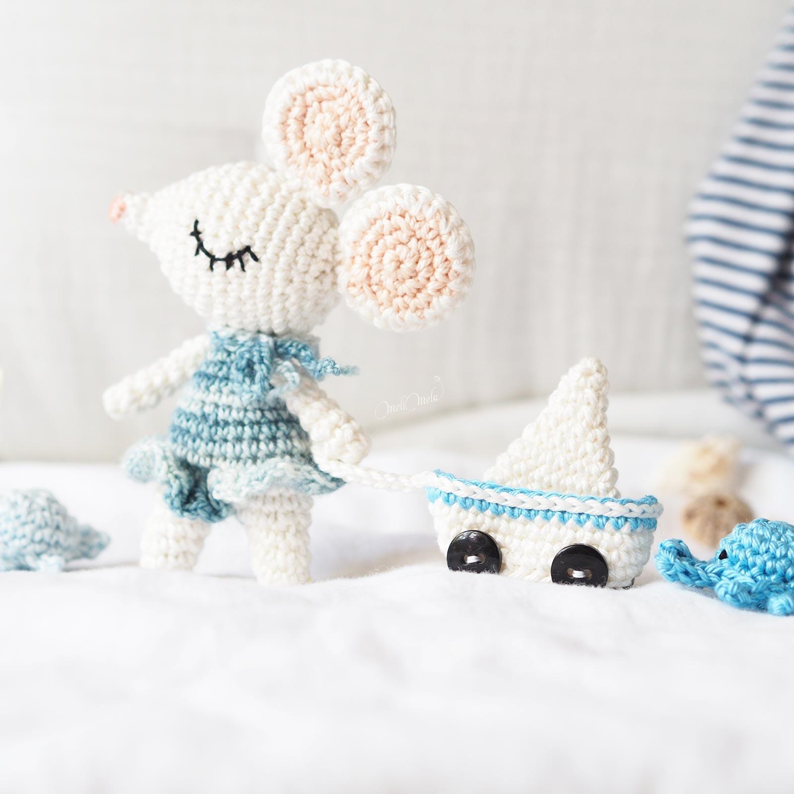 mini-souris-voilier-mer-crochet-amigurumis-laboutiquedemelimelo