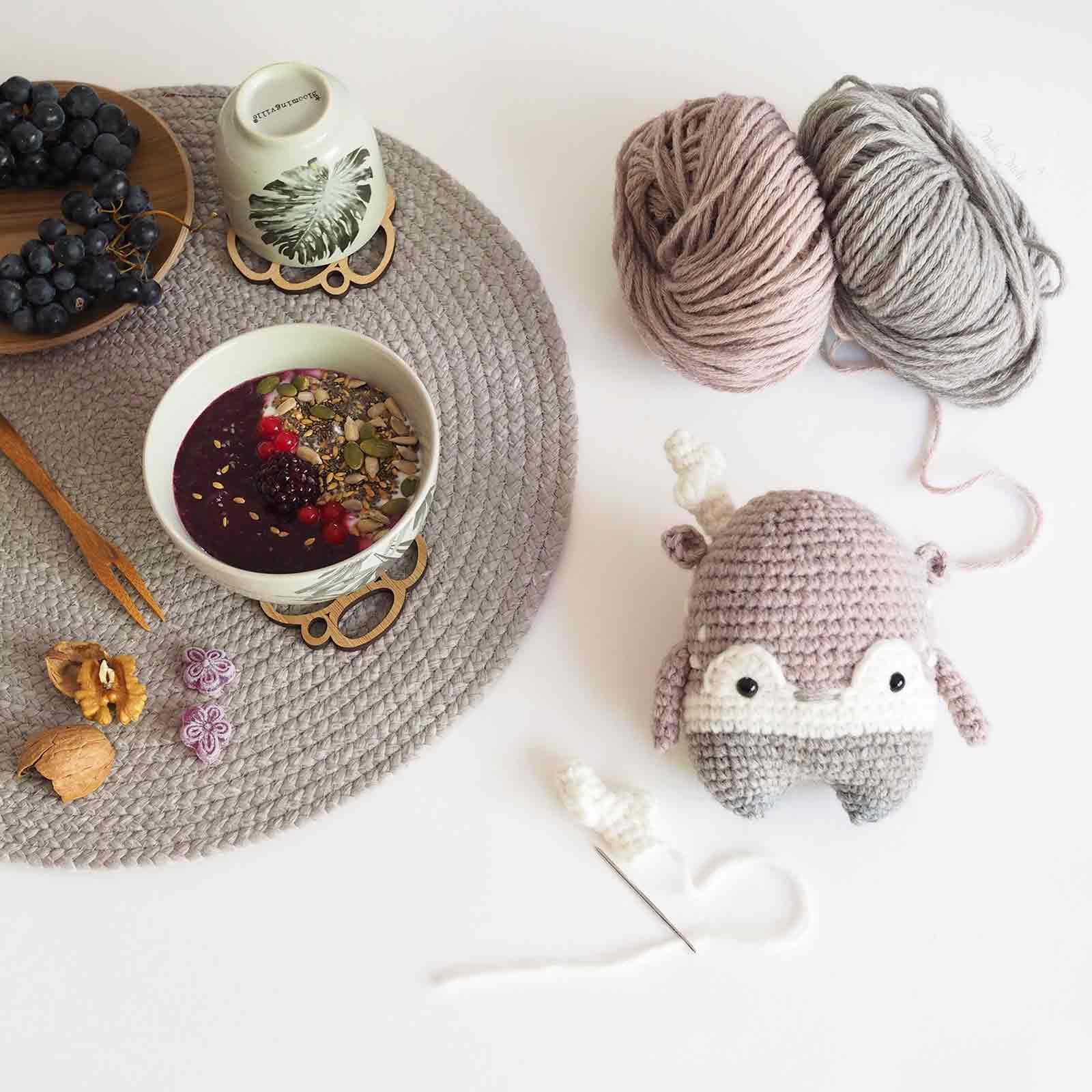 personnalisation doudou cerf au crochet en laine laboutiquedemelimelo