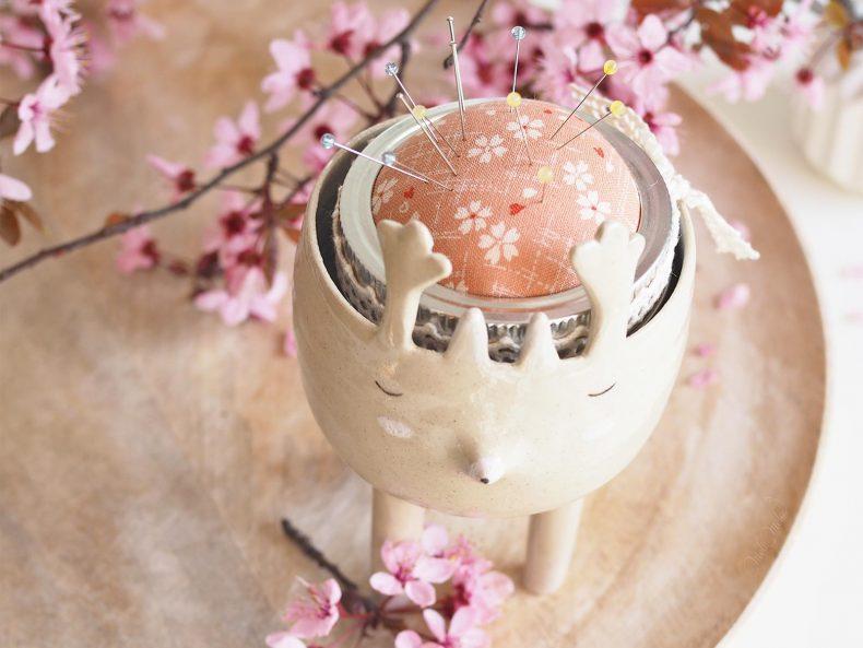pique-aiguilles renne Rudolphe tissu japonais floral rose Boutique MeliMelo