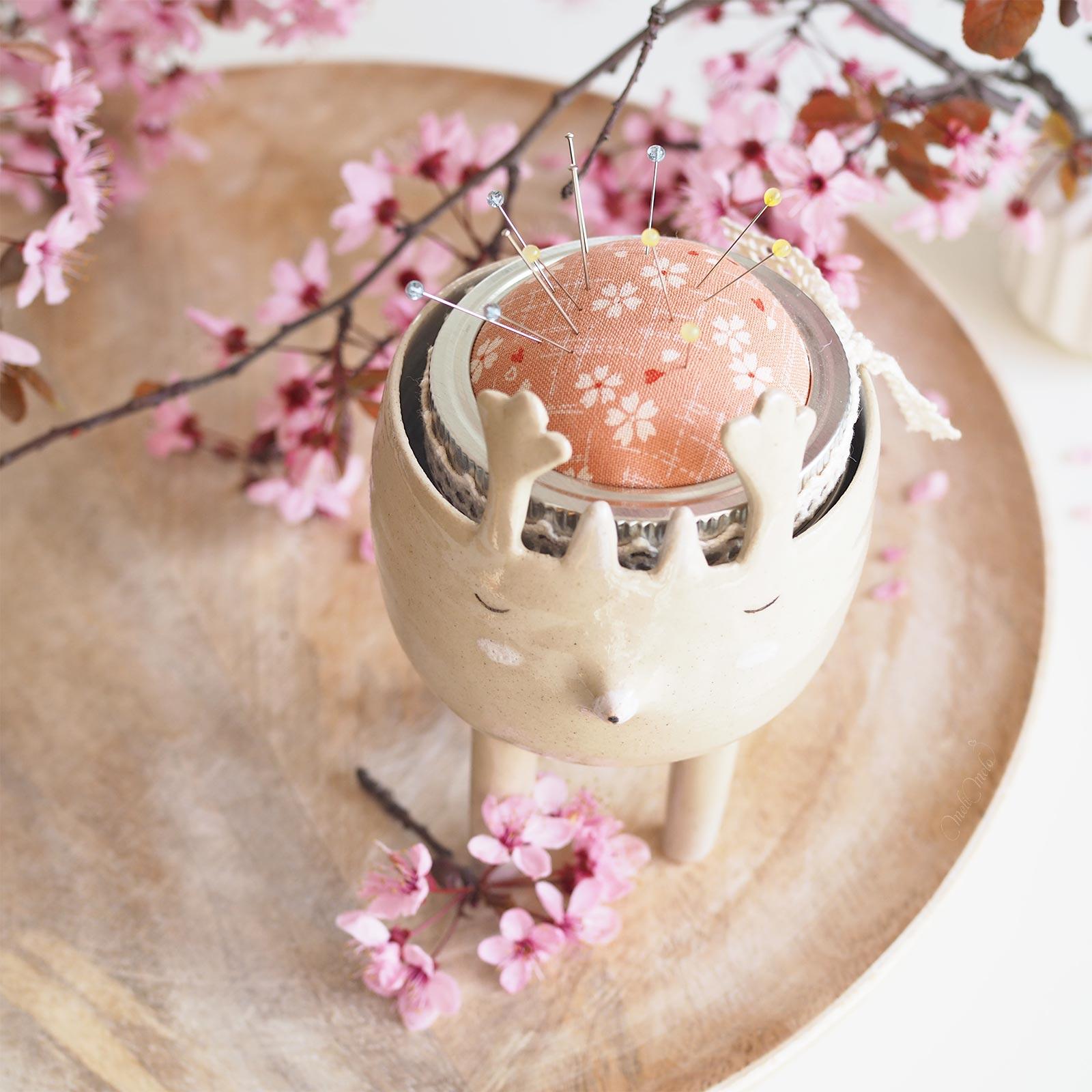 pique-aiguilles tissu japonais floral rose Boutique MeliMelo